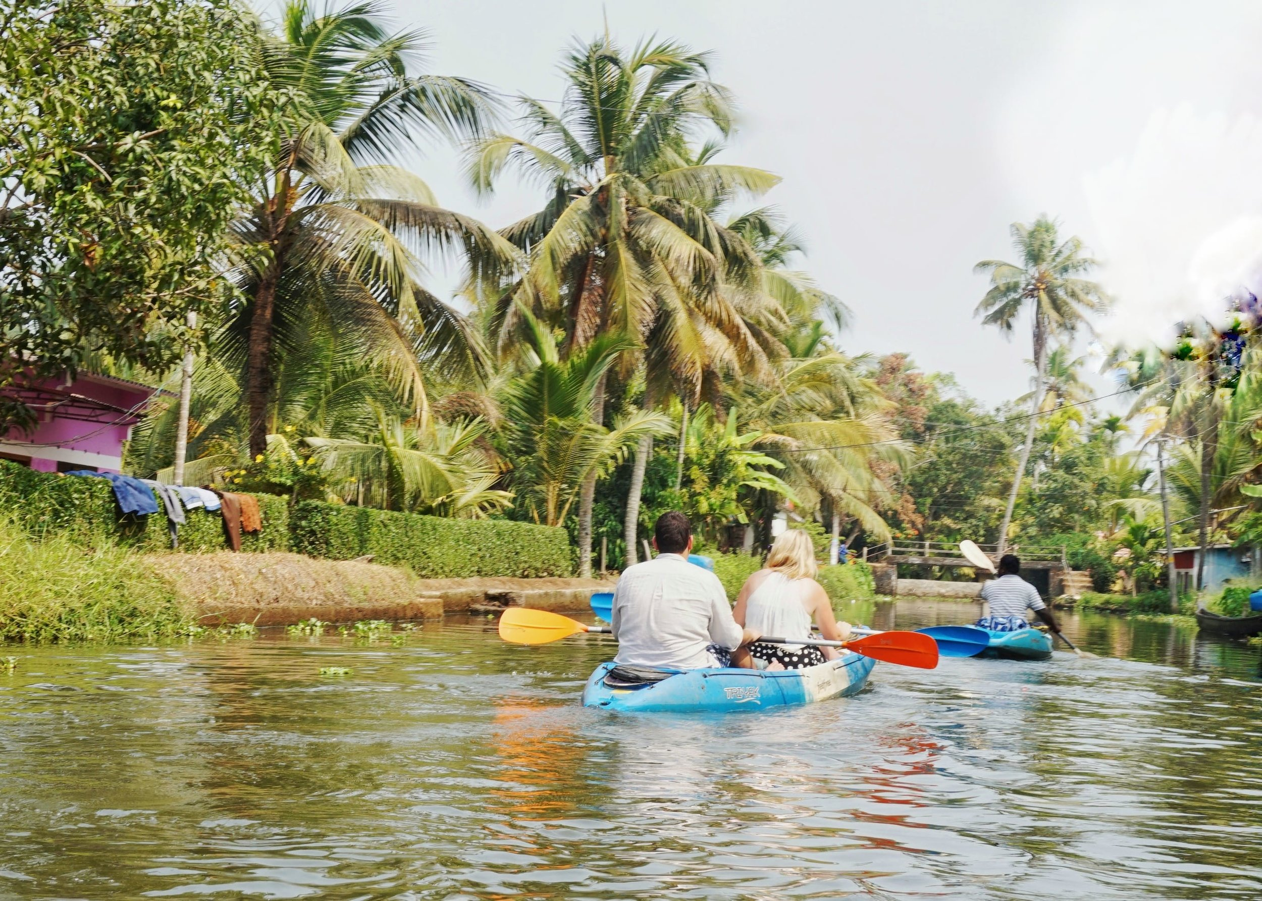 Alleppey backwaters tour by kayak. Backwaters of Kerala. Kerala backwaters tour.