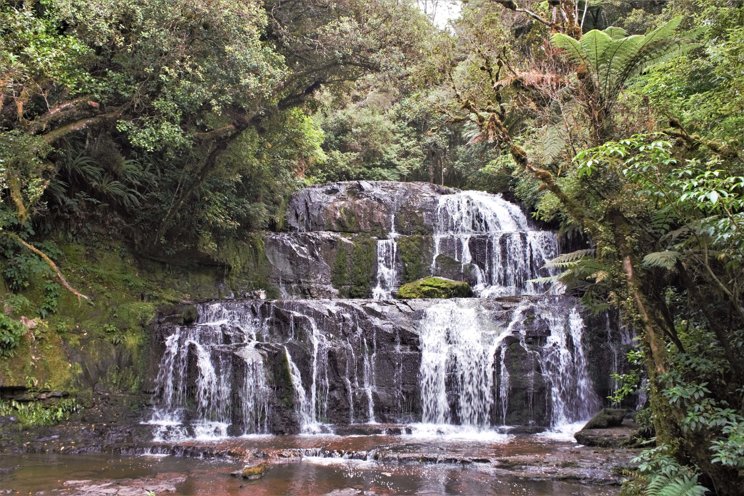 There are plenty of waterfalls worth including in your three day Catlins itinerary.