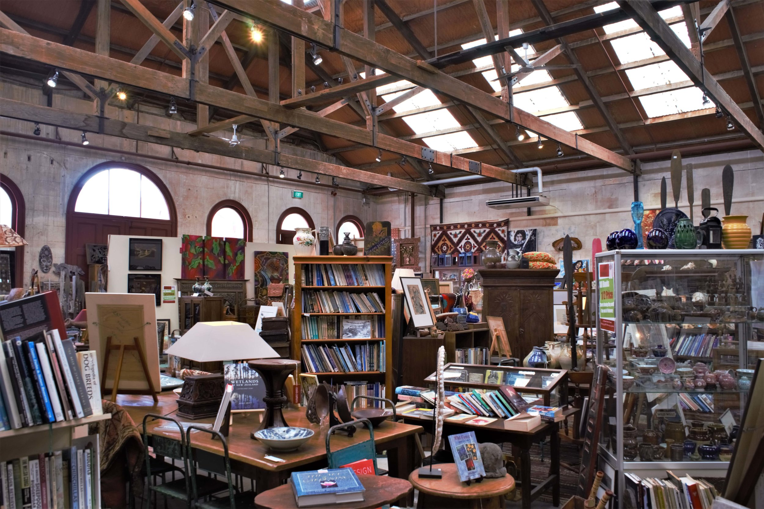 This one is a gem not just for books. In the Oasis shop you can spent hours, its more a museum than a shop. A Book Lover's Guide to the South Island, New Zealand