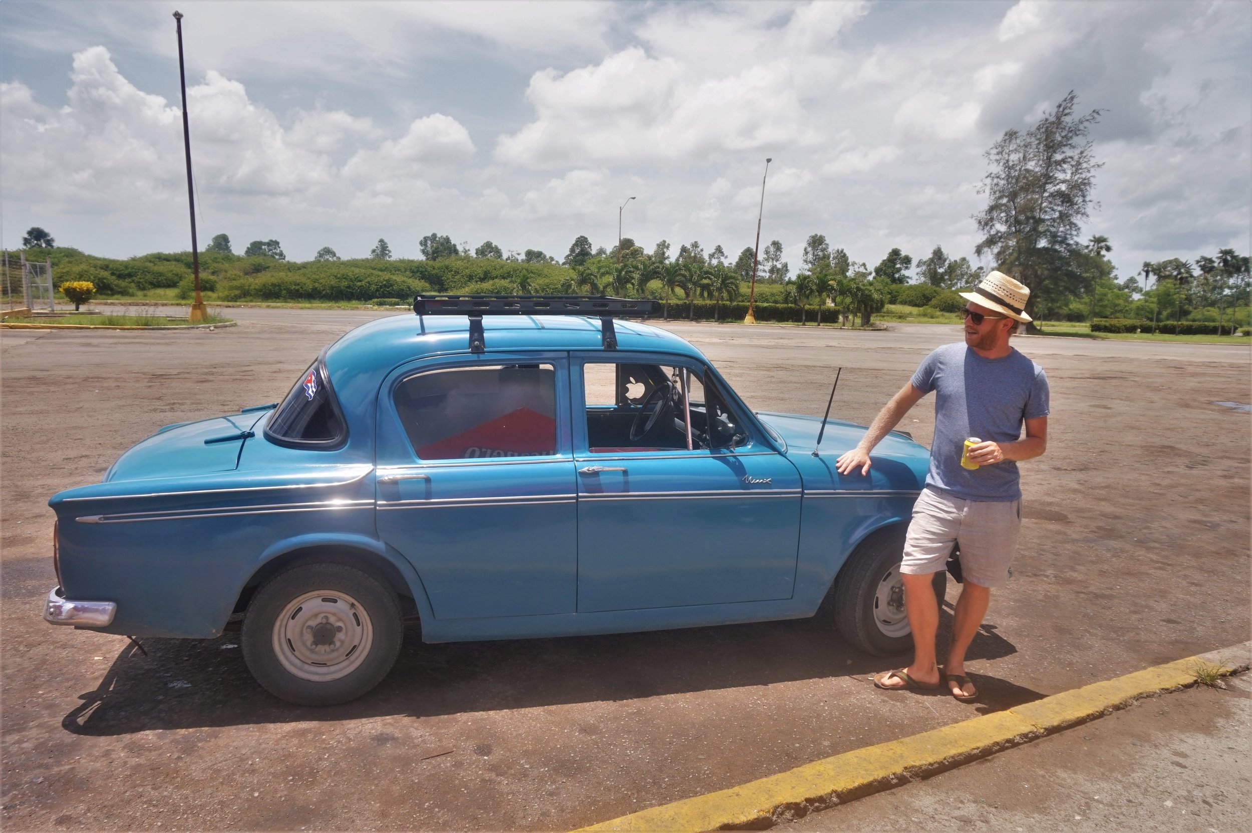 While backpacking Cuba on a budget you will come across many of these beautiful historic cars which are still in perfect conditions.