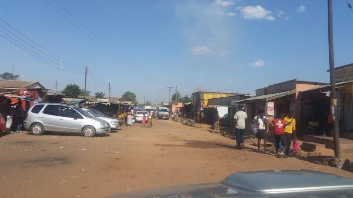 Slumområdet Ng'ombe i Lusaka. Vid en första anblick så ser det inte så illa ut.