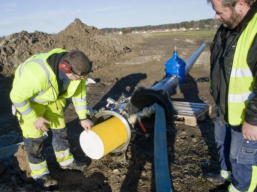 Dricksvatten ledningar Pollex rengöring polly-pig-rensning 3.jpg