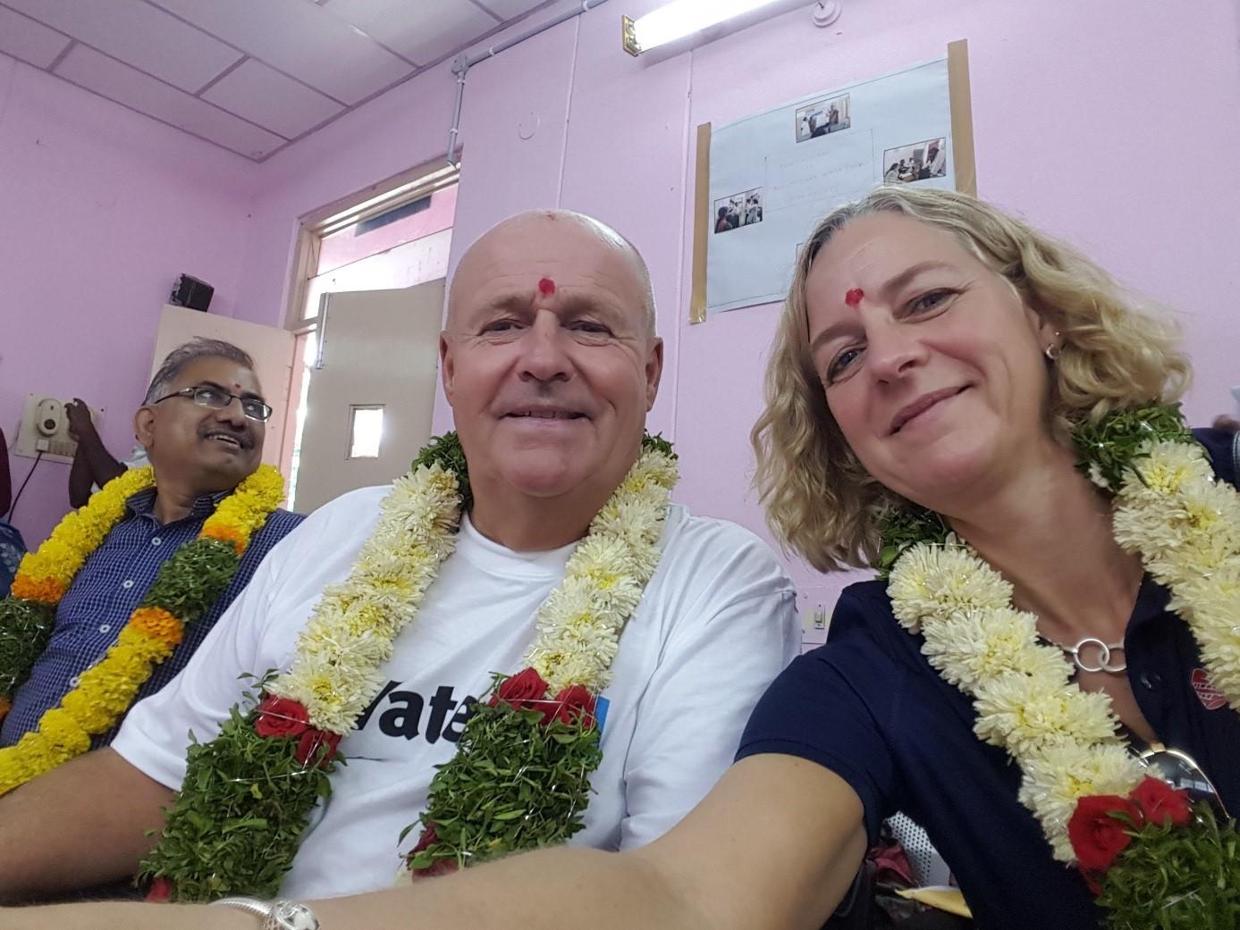 pollex wateraid indien britt-marie göran selfie.jpg
