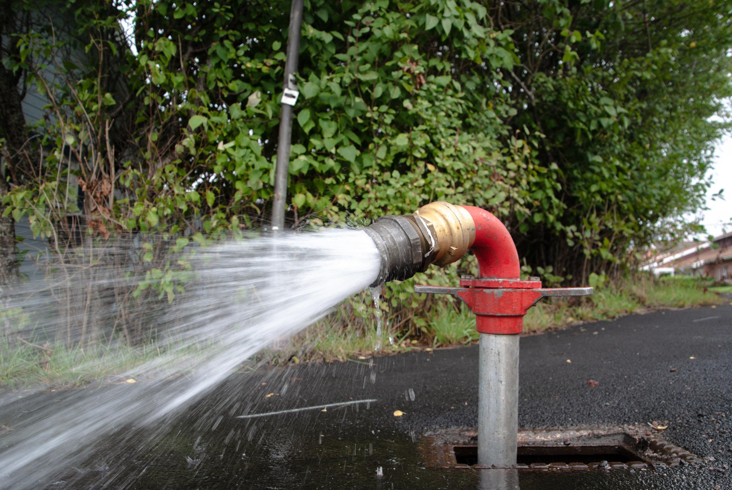 pollex-luftvattenspolning-brandpost-rent-dricksvatten-vatten.jpg