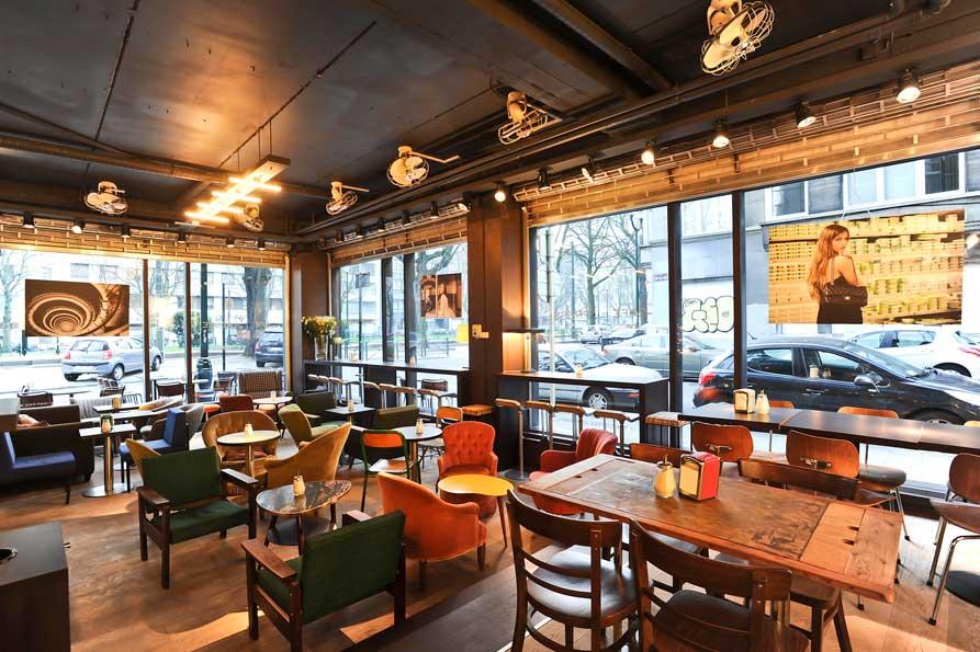 Cafe-de-la-Presse-1.jpg