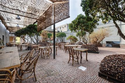 restaurantK_1.jpg