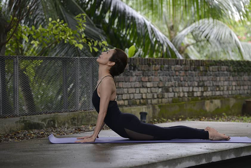 A session that incorporates active, yang poses with what is fundamentally a yin yoga practice.    These yin/yang yoga sessions combine active and passive postures with breathing techniques and short meditation sequences.  The yang parts of the session consist of dynamic yet fluid sequences that are aimed at mobilising muscle and blood, while the long, restful yin poses target the connective tissues, ligaments, tendons and fascia.  Regular attendance often results in increased physical flexibility and mental awareness.