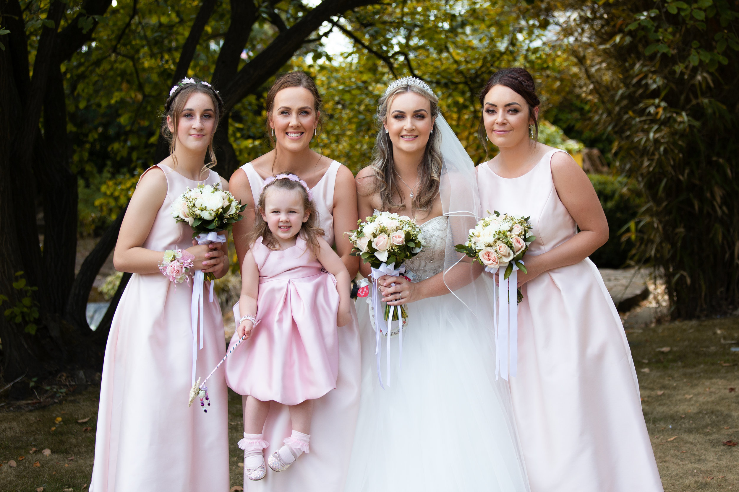 wedding-lea-cooper-photography-willenhall-west-midlands-wolverhampton-dudley-birmingham-uk-marriage-hadley-park-east-telford-bridesmaids.jpg