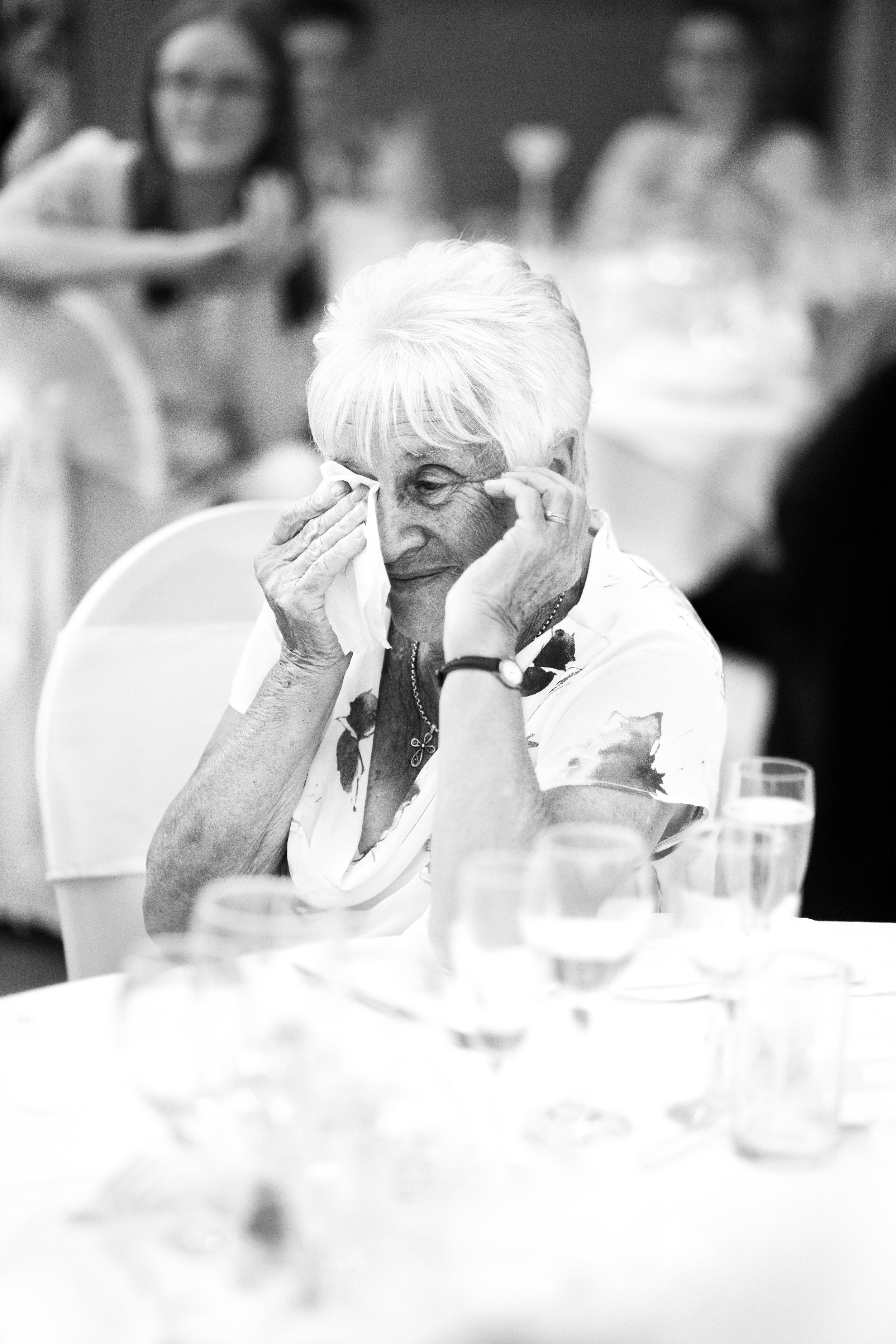 wedding-lea-cooper-photography-willenhall-west-midlands-wolverhampton-dudley-birmingham-uk-marriage-hadley-park-east-telford-sad-tears.jpg
