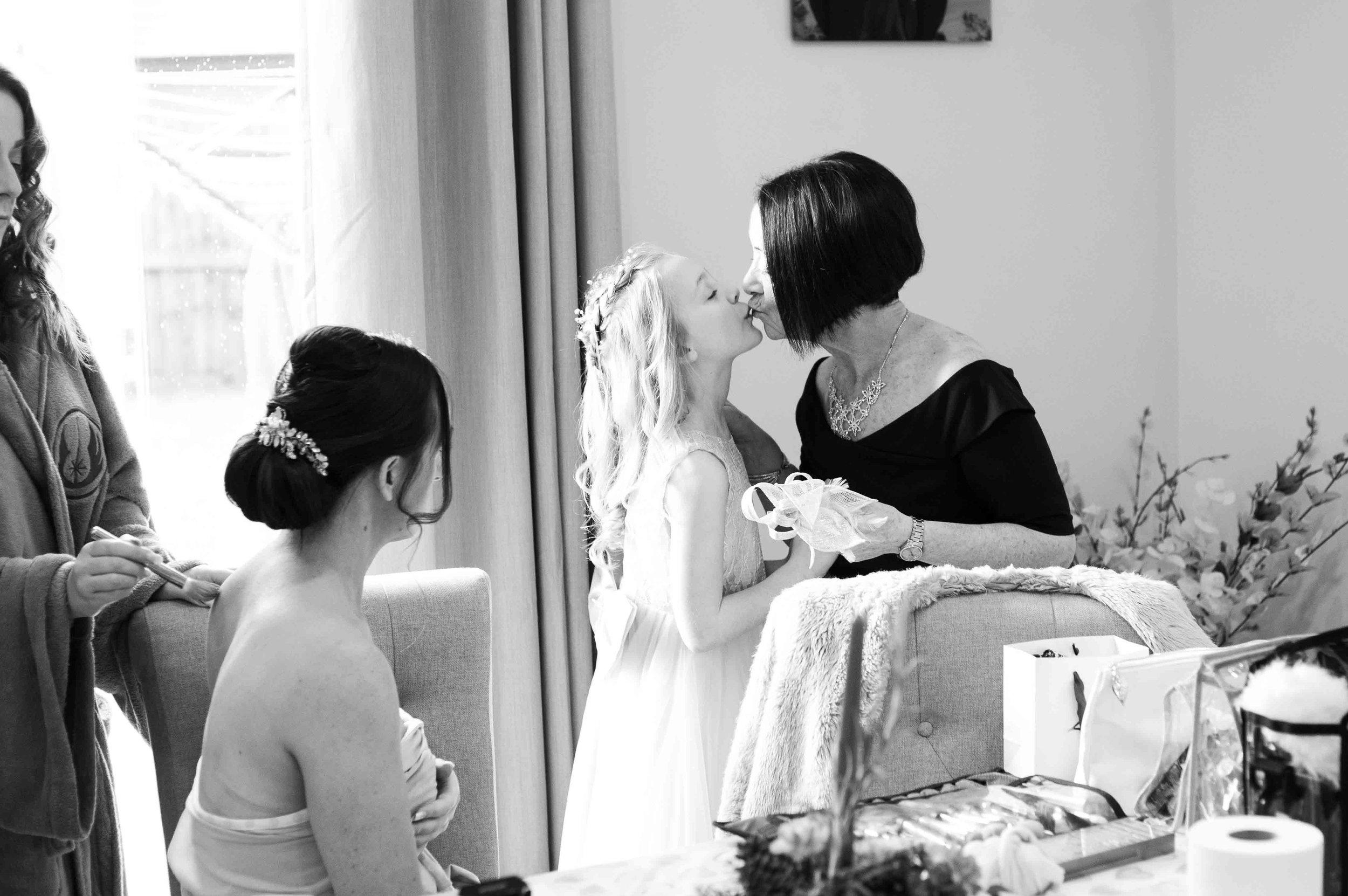 wedding-photos-willenhall-wedding-photographer-wolverhampton-wedding-photographer-west-midlands-wedding-photographer-birmingham-grandma-kiss.jpg