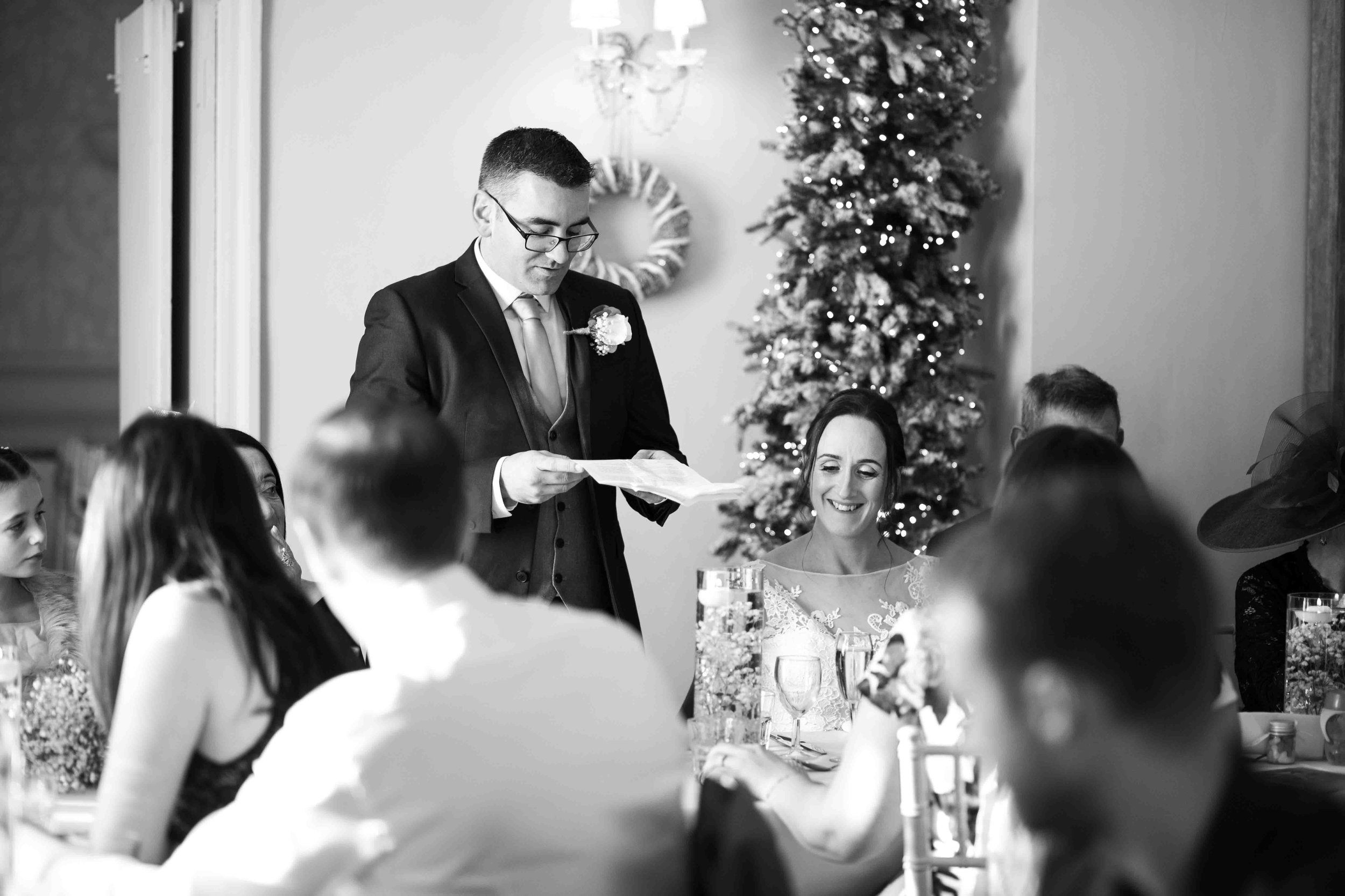 wedding-photos-willenhall-wedding-photographer-wolverhampton-wedding-photographer-west-midlands-wedding-photographer-birmingham-groom-doing-speech.jpg