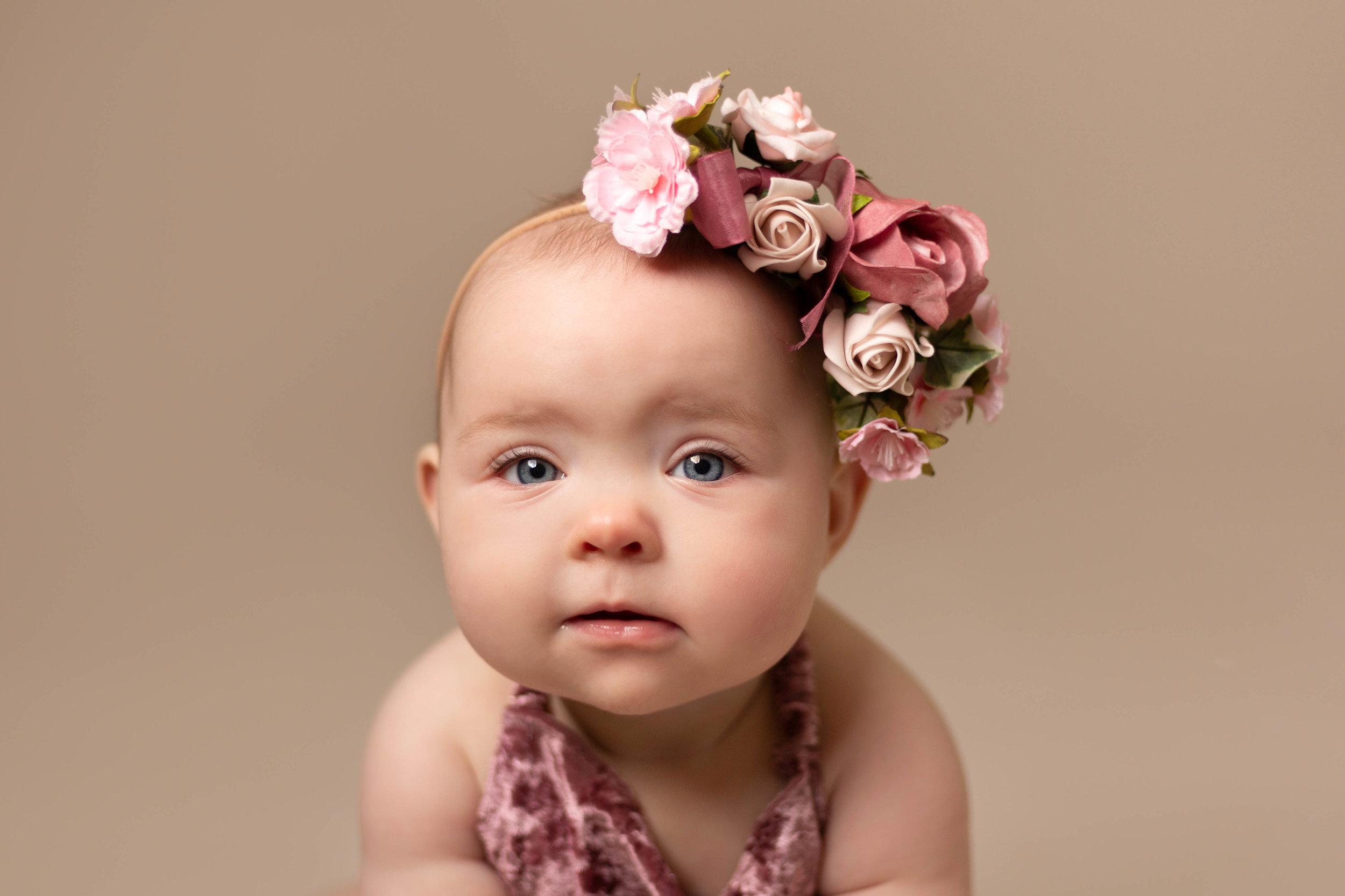 LEA-COOPER-PHOTOGRAPHY-CHILD-PHOTOGRAPHY-WILLENHALL-CHILDREN-PHOTOGRAPHER-WOLVERHAMPTON-BILSTON-WEDNESBURY-KIDS-PHOTOGRAPHER-SITTER-SESSION-MILESTONE--16.JPG