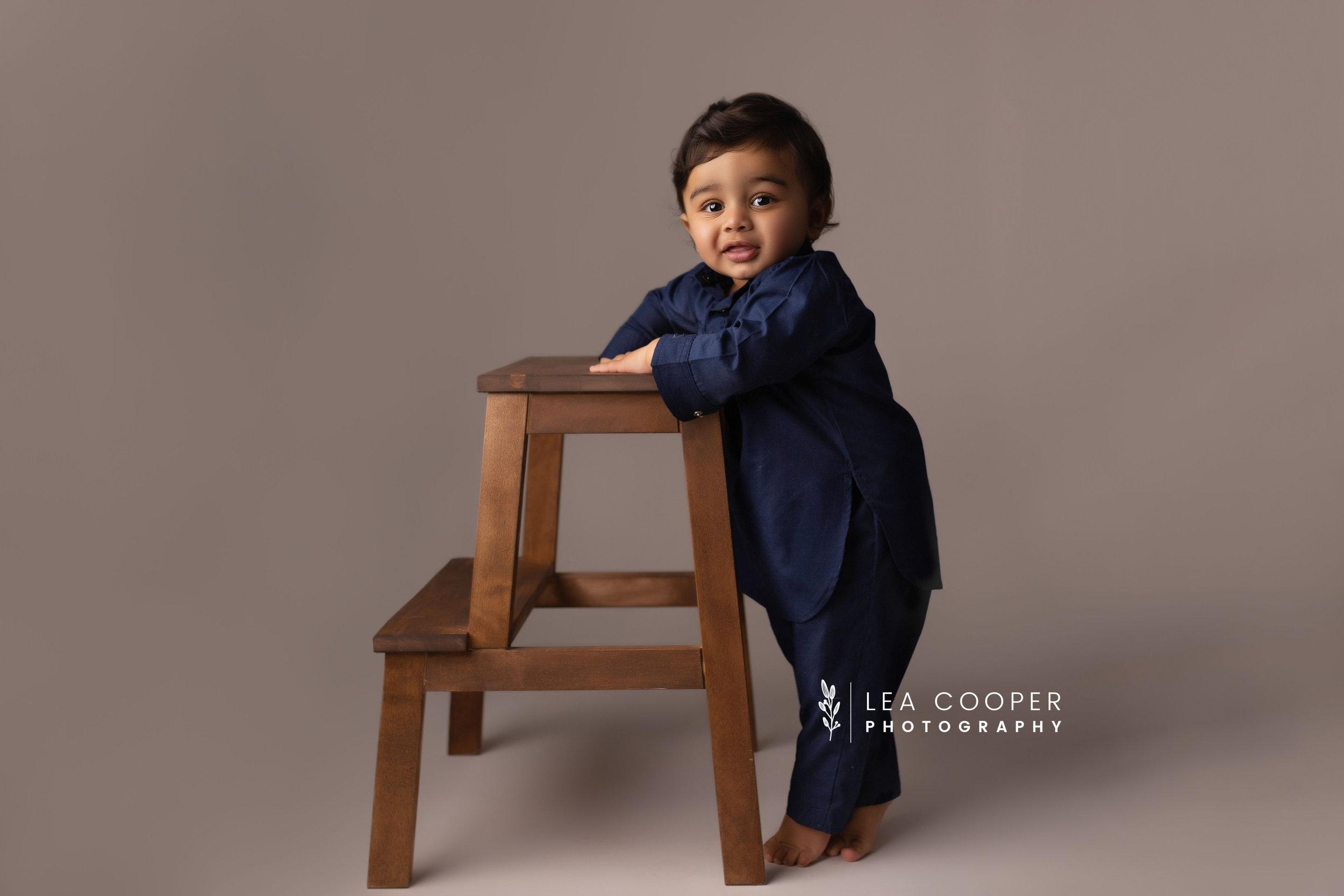 LEA-COOPER-PHOTOGRAPHY-CAKE-SMASH-PHOTOGRAPHER-WILLENALL-WOLVERHAMPTON-CHILD-PHOTOSHOOT-1ST—BIRTHDAY-PICTURES-WEDNESBURY-WALSALL-DUDLEY-WEST-MIDLANDS-UK-1.JPG