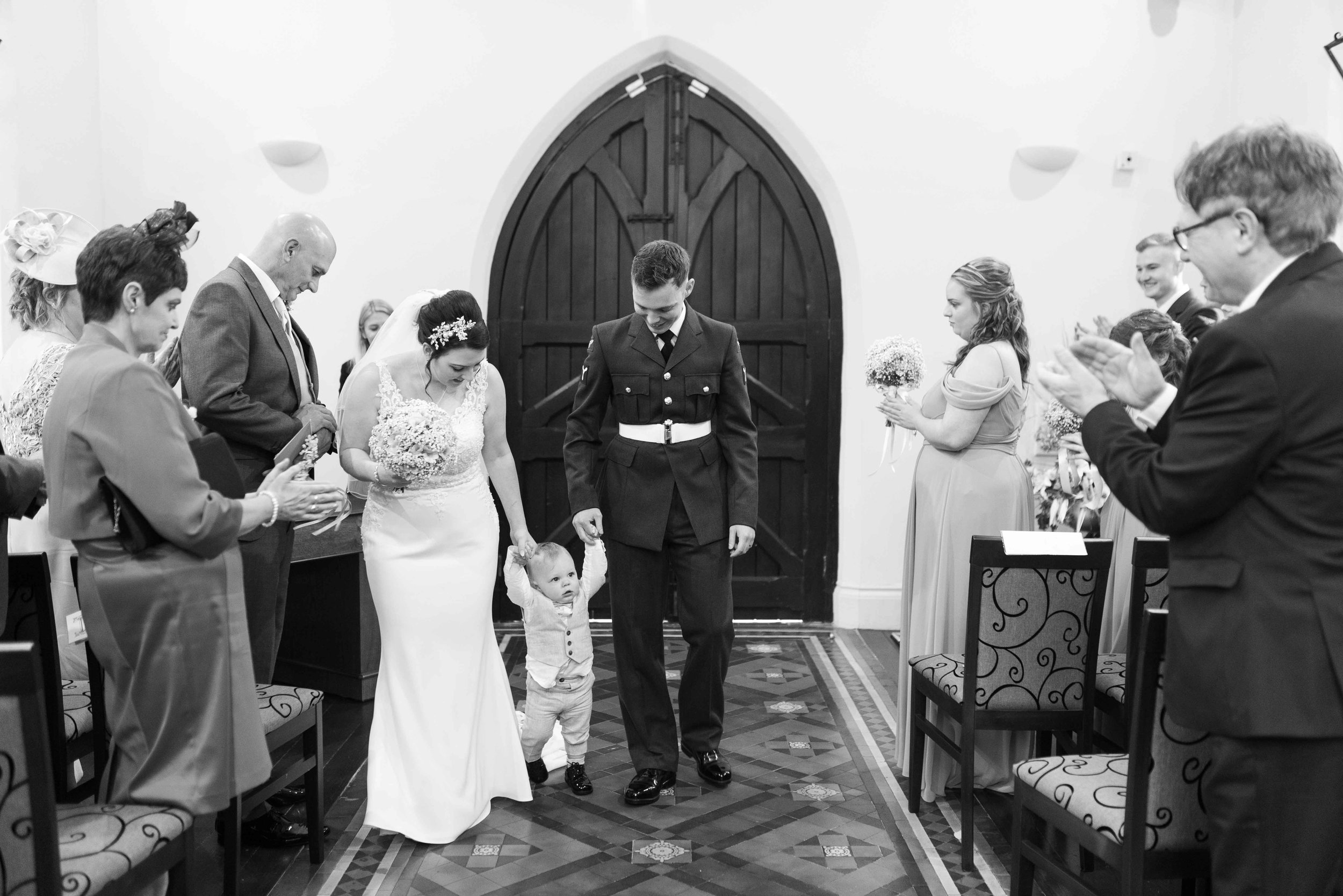 LEA-COOPER-PHOTOGRAPHY-WEDDING-PHOTOGRAPHY-THOMAS-ROBINSON-BUILDING-STOURBRIDGE-YE-OLDE-PUNCHBOWL-INN-BRIDGNORTH-WOLVERHAMPTON-WILLENHALL-UK-WEDDING-PHOTOGRAPHER-19.JPG