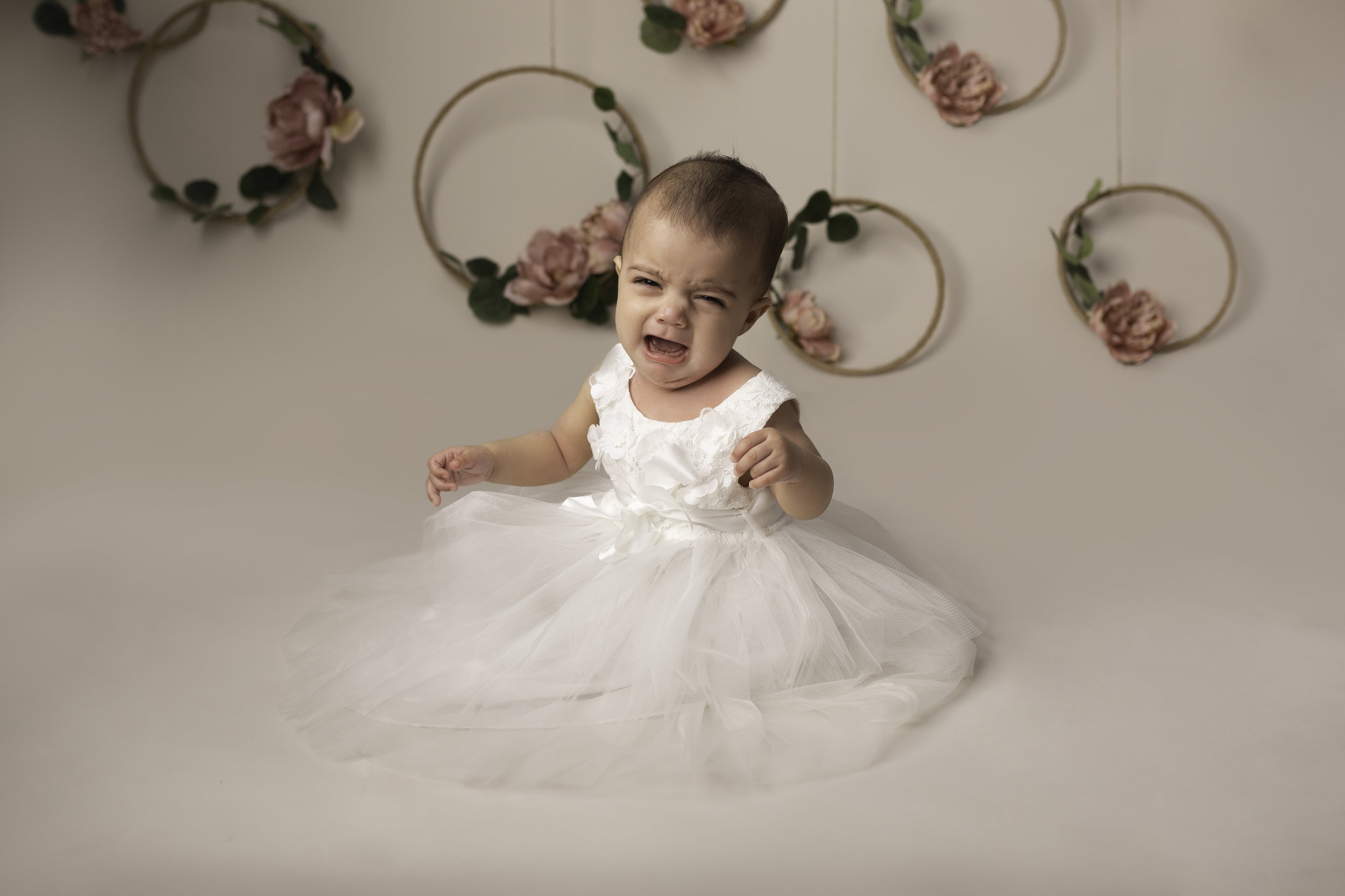 Lea-cooper-photography-childrens-photographer-portrait-session-sitter-session-6-months-old-photos-willenhall-wolverahmpton-birmingham-west-midlands-uk-11.jpg
