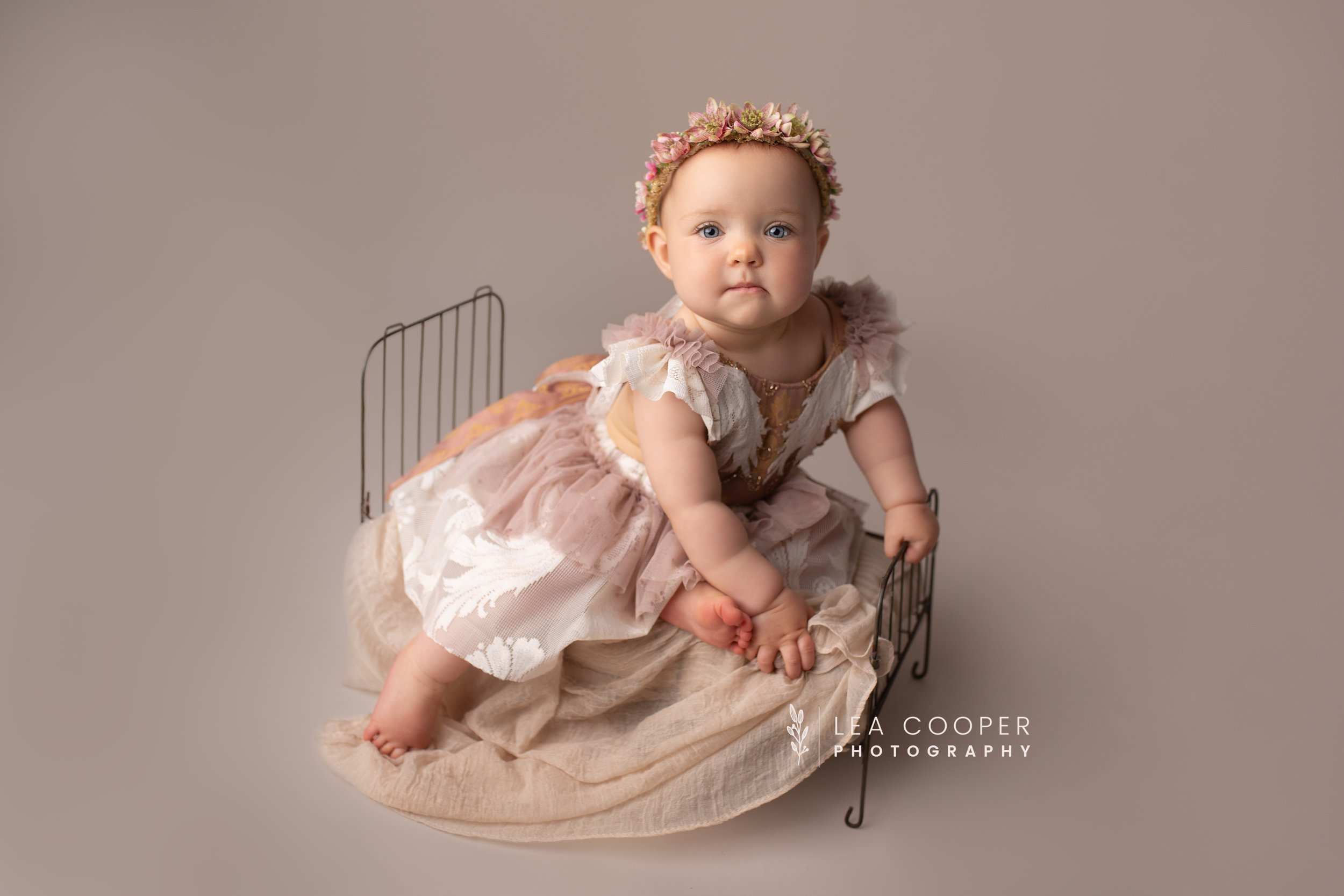 LEA-COOPER-PHOTOGRAPHY-CAKE-SMASH-SESSION-BIRTHDAY-PHOTOS-1ST-BIRTHDAY-SPLASH-SESSION-SMASH-SESSION-CHILDRENS-PHOTOGRAPHY-WILLENHALL-WOLVERHAMPTON-BIRMINGHAM-WEST-MIDLANDS-UK-3.jpg