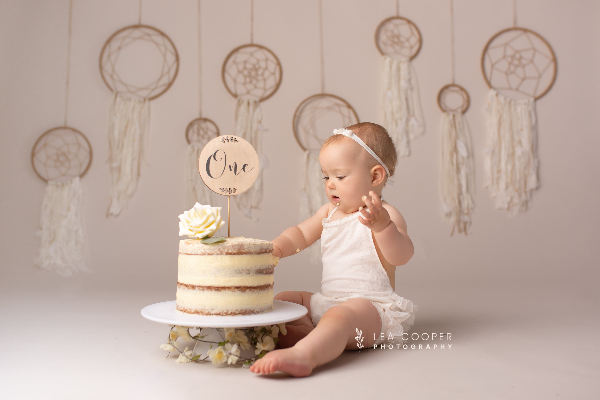 LEA-COOPER-PHOTOGRAPHY-CAKE-SMASH-SESSION-BIRTHDAY-PHOTOS-1ST-BIRTHDAY-SPLASH-SESSION-SMASH-SESSION-CHILDRENS-PHOTOGRAPHY-WILLENHALL-WOLVERHAMPTON-BIRMINGHAM-WEST-MIDLANDS-UK-7.jpg