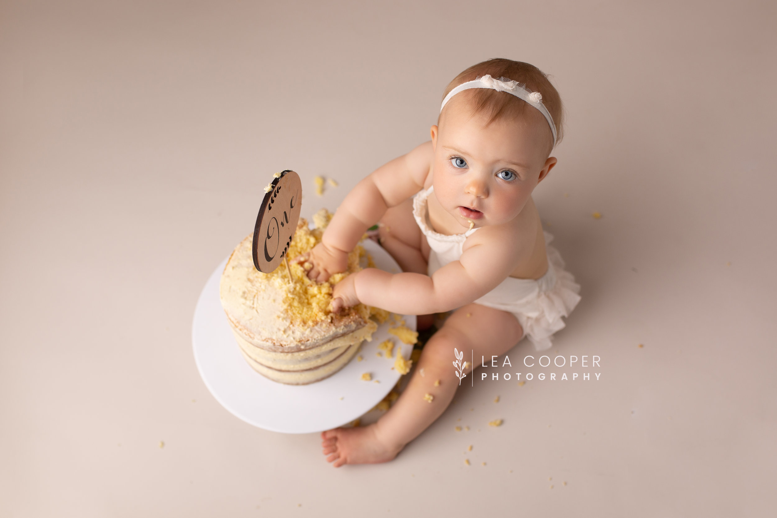 LEA-COOPER-PHOTOGRAPHY-CAKE-SMASH-SESSION-BIRTHDAY-PHOTOS-1ST-BIRTHDAY-SPLASH-SESSION-SMASH-SESSION-CHILDRENS-PHOTOGRAPHY-WILLENHALL-WOLVERHAMPTON-BIRMINGHAM-WEST-MIDLANDS-UK-8.jpg