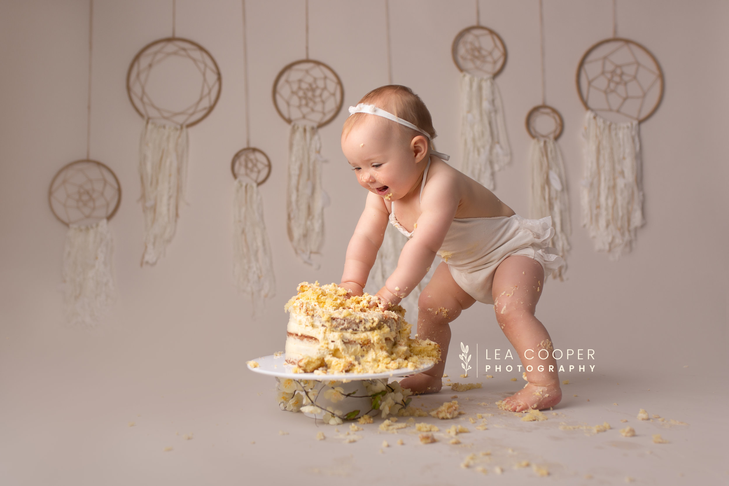 LEA-COOPER-PHOTOGRAPHY-CAKE-SMASH-SESSION-BIRTHDAY-PHOTOS-1ST-BIRTHDAY-SPLASH-SESSION-SMASH-SESSION-CHILDRENS-PHOTOGRAPHY-WILLENHALL-WOLVERHAMPTON-BIRMINGHAM-WEST-MIDLANDS-UK-9.jpg
