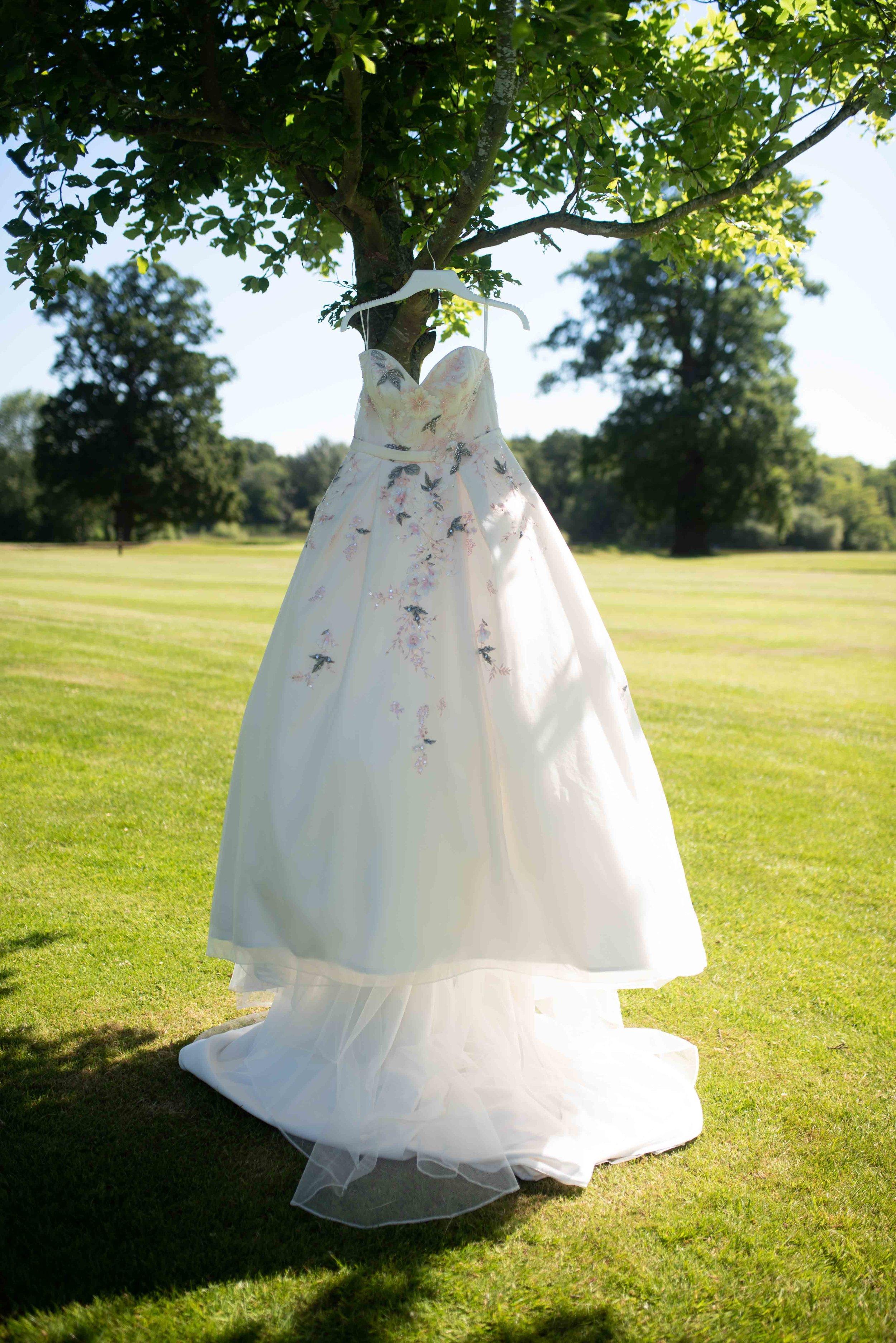 Lea-cooper-photography-wedding-photography-wolverhampton-patshull-park-hotel-wedding-pattingham-wolverhampton-west-midlands-uk-16.JPG