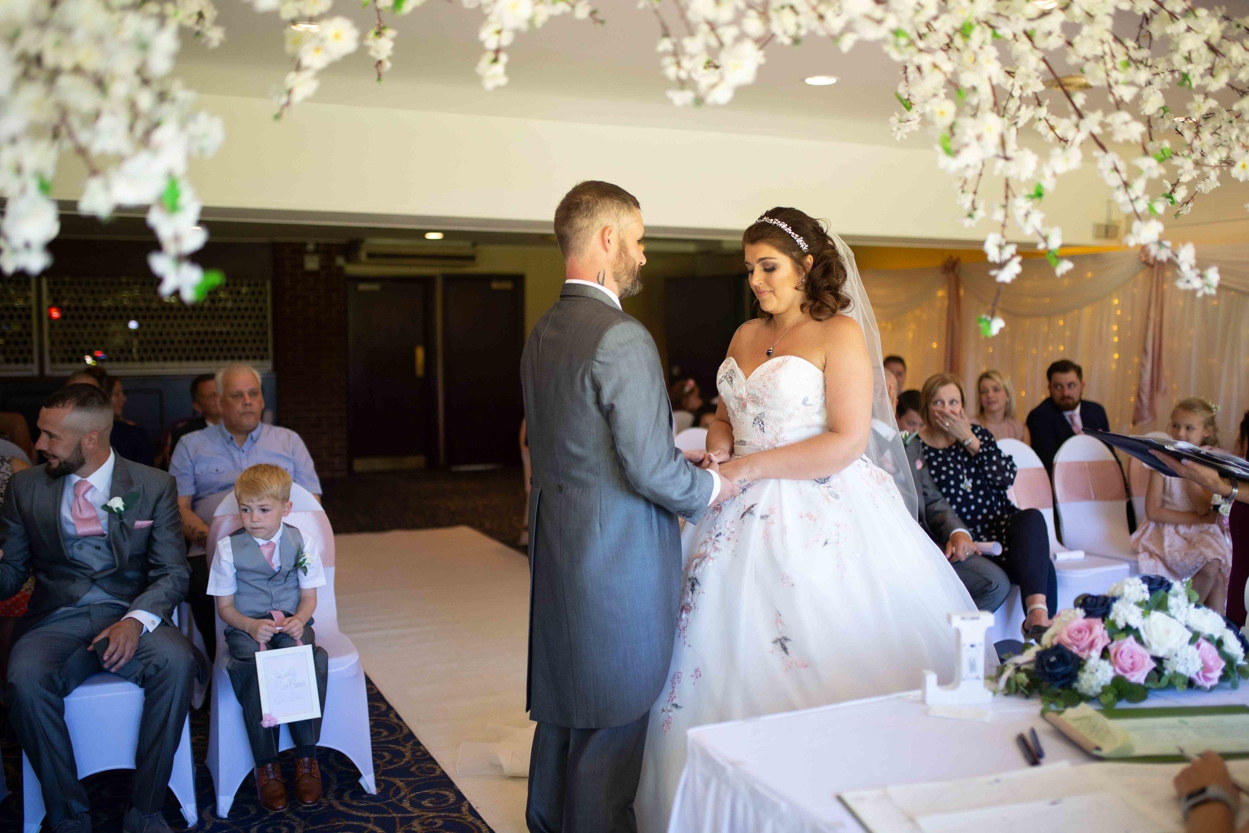 Lea-cooper-photography-wedding-photography-wolverhampton-patshull-park-hotel-wedding-pattingham-wolverhampton-west-midlands-uk-22.JPG