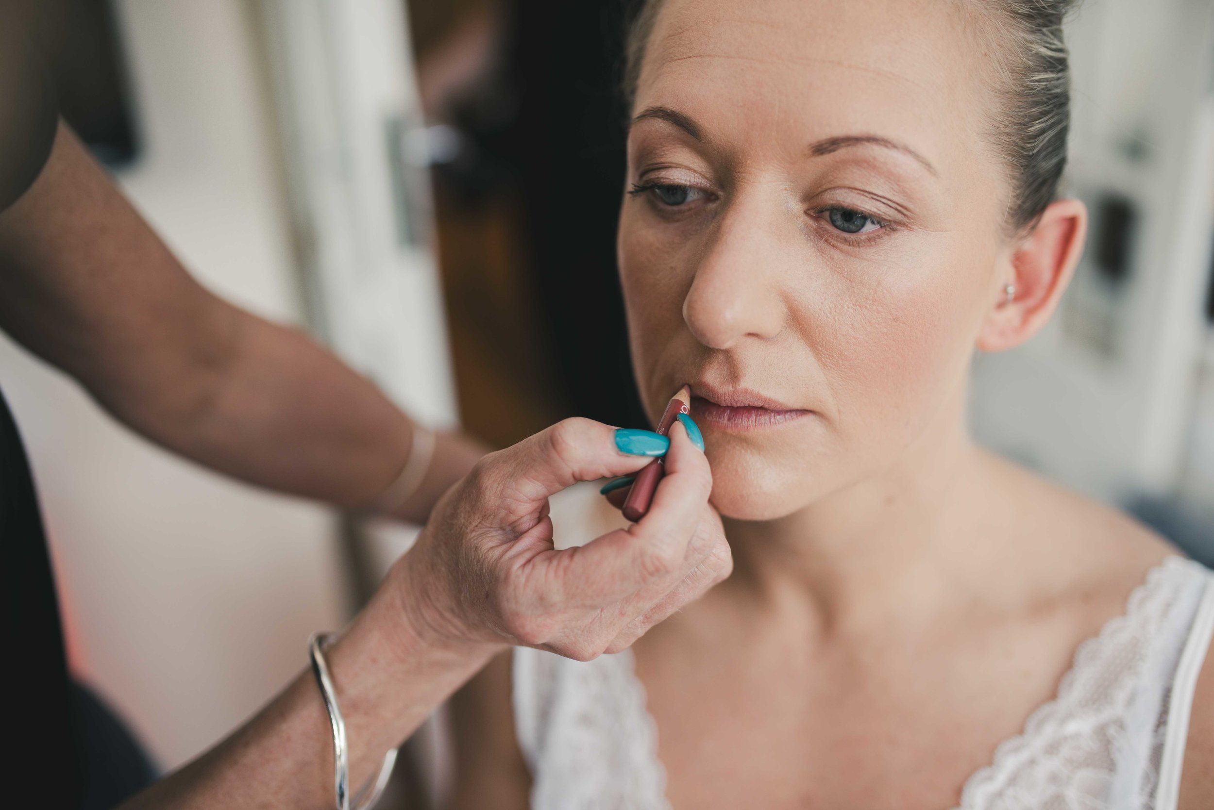Lea-cooper-photography-wedding-photography-stoke-on-trent-wolverhampton-bridal-prep-bridal-photography-wedding-preperation-make-up-getting-ready-photos-wedding-photographer-32.JPG