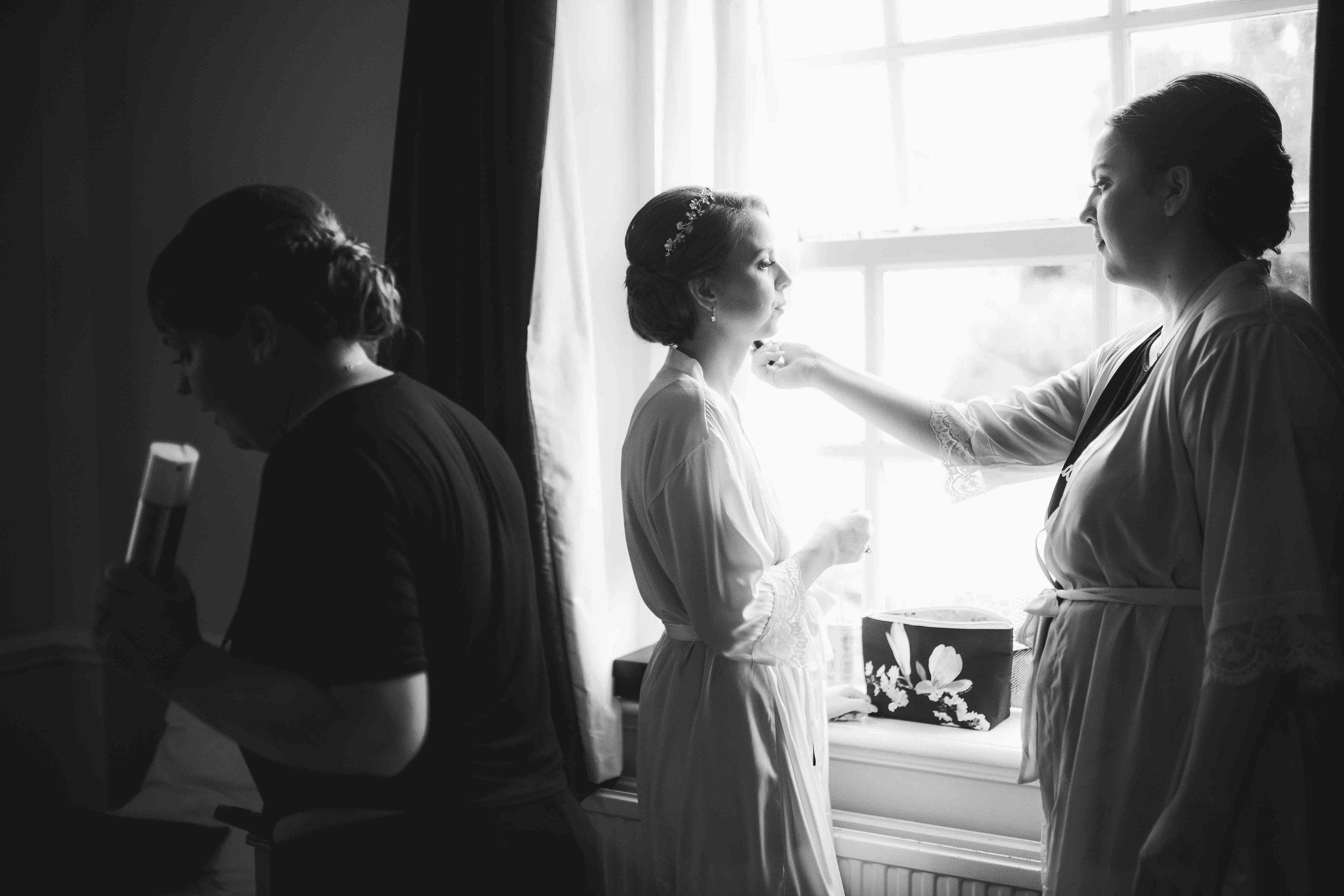Lea-cooper-photography-willenhall-wolverhampton-wedding-photographer-birmingham-shirley-west-midlands-ceremony-church-1.JPG