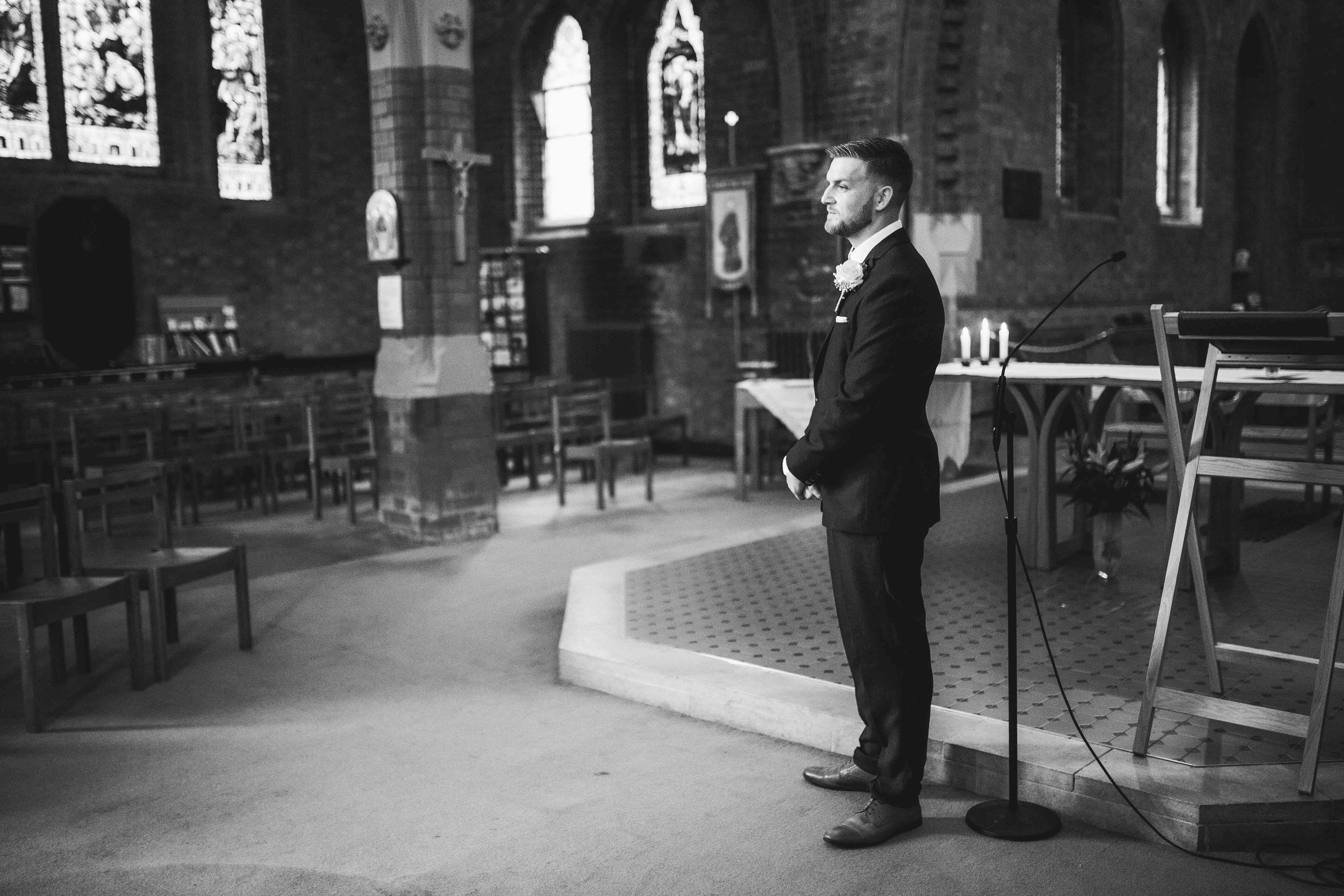 Lea-cooper-photography-willenhall-wolverhampton-wedding-photographer-birmingham-shirley-west-midlands-ceremony-church-8.JPG