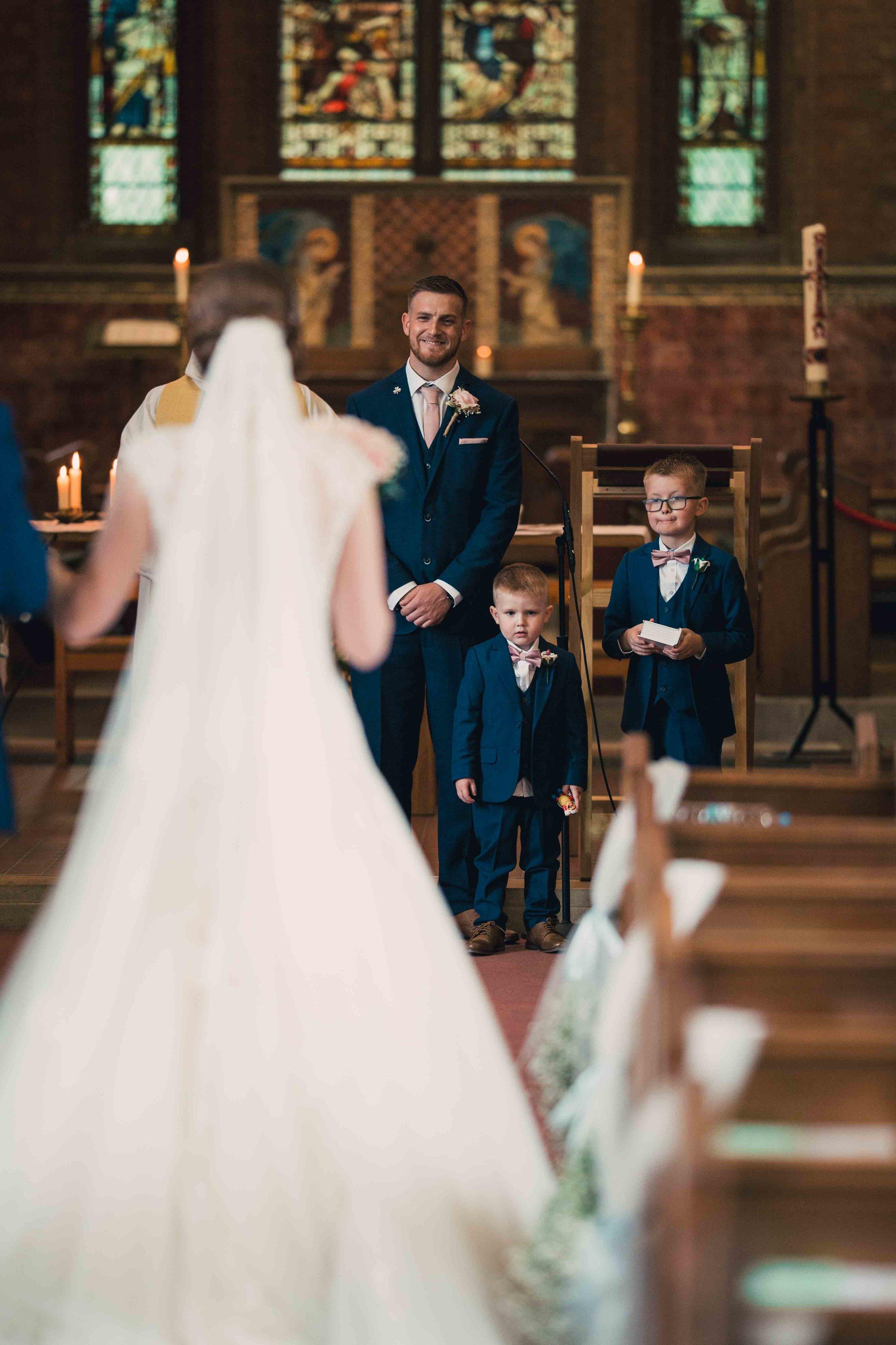 Lea-cooper-photography-willenhall-wolverhampton-wedding-photographer-birmingham-shirley-west-midlands-ceremony-church-20.JPG