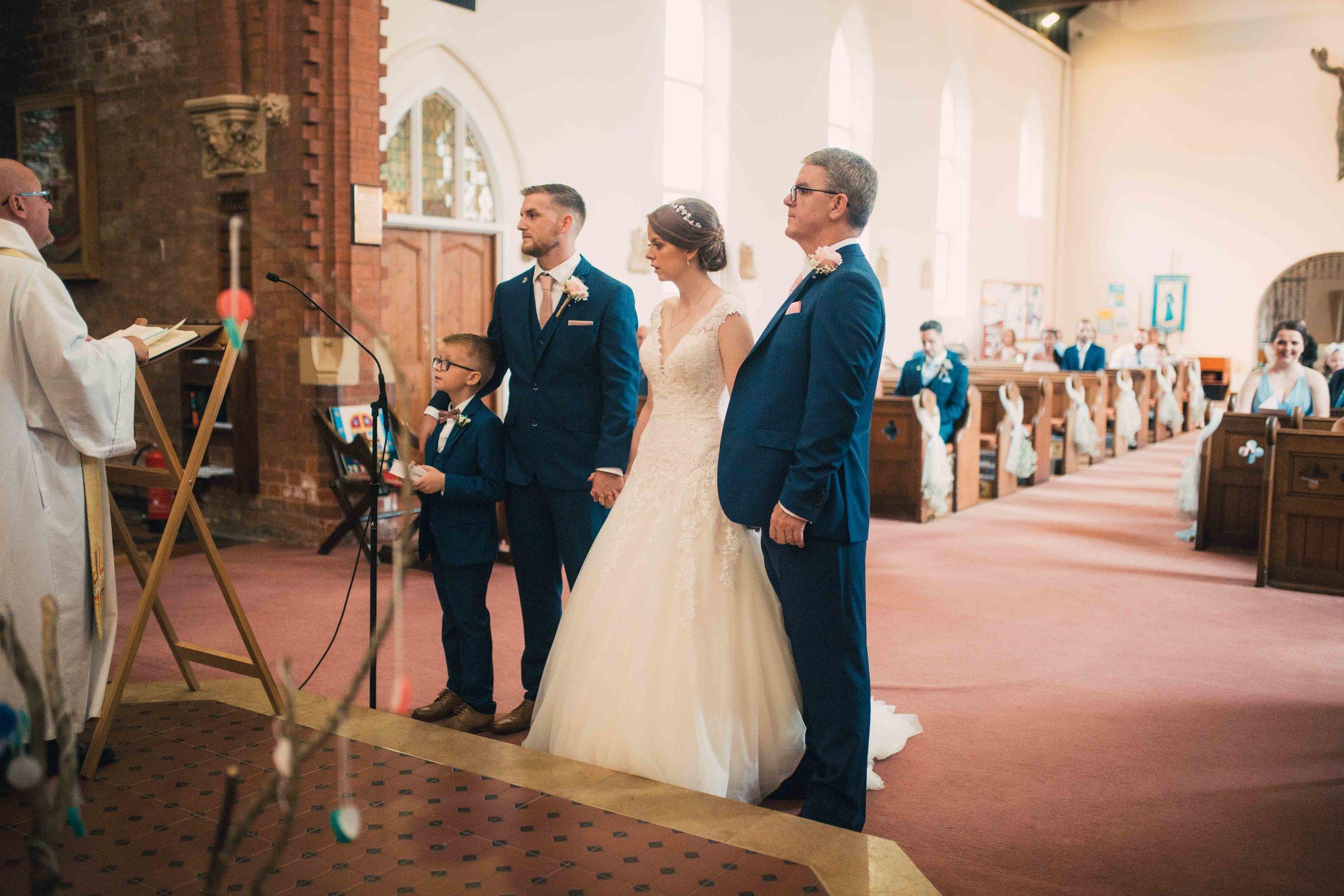 Lea-cooper-photography-willenhall-wolverhampton-wedding-photographer-birmingham-shirley-west-midlands-ceremony-church-21.JPG