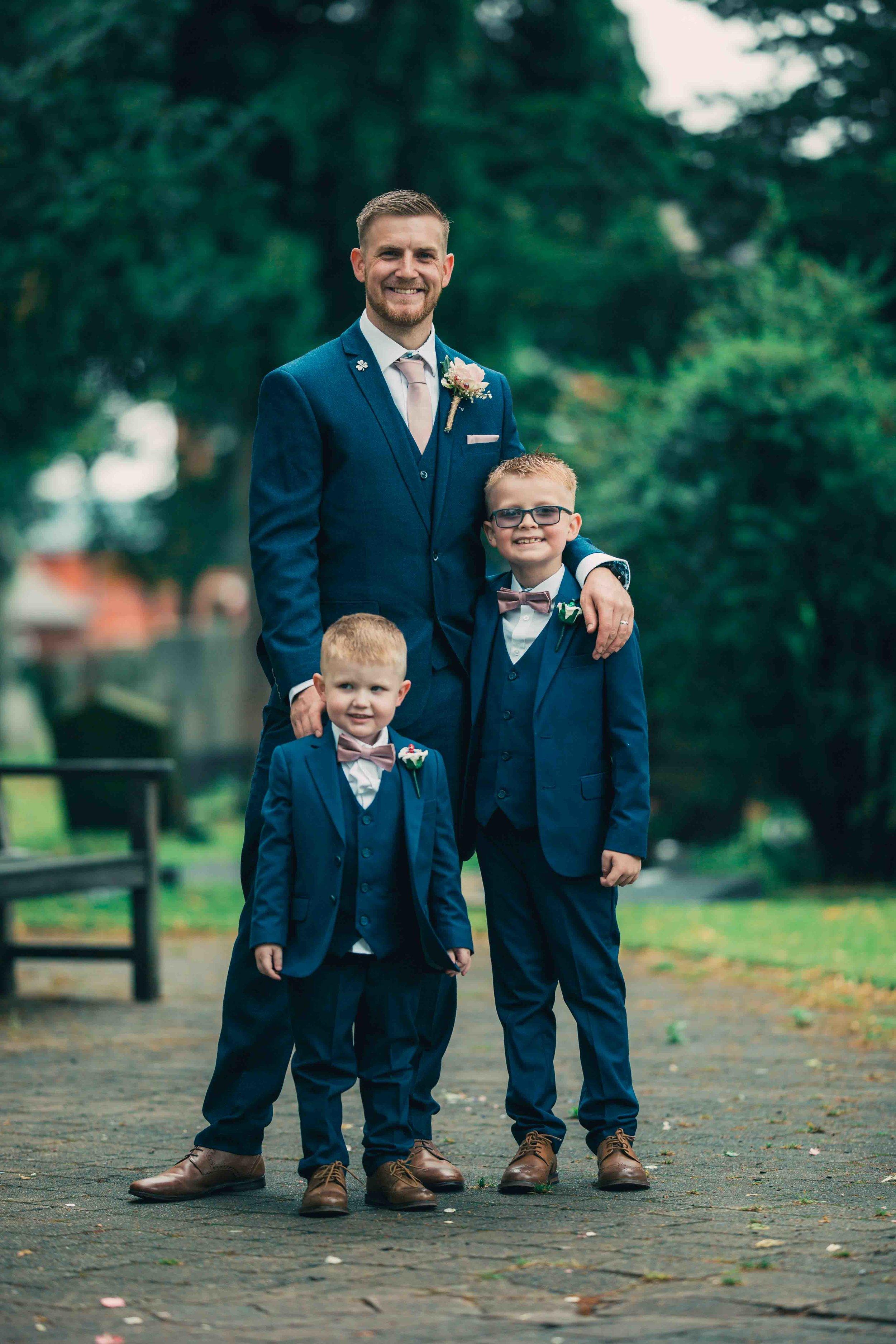 Lea-cooper-photography-willenhall-wolverhampton-wedding-photographer-birmingham-shirley-west-midlands-ceremony-church-23.JPG
