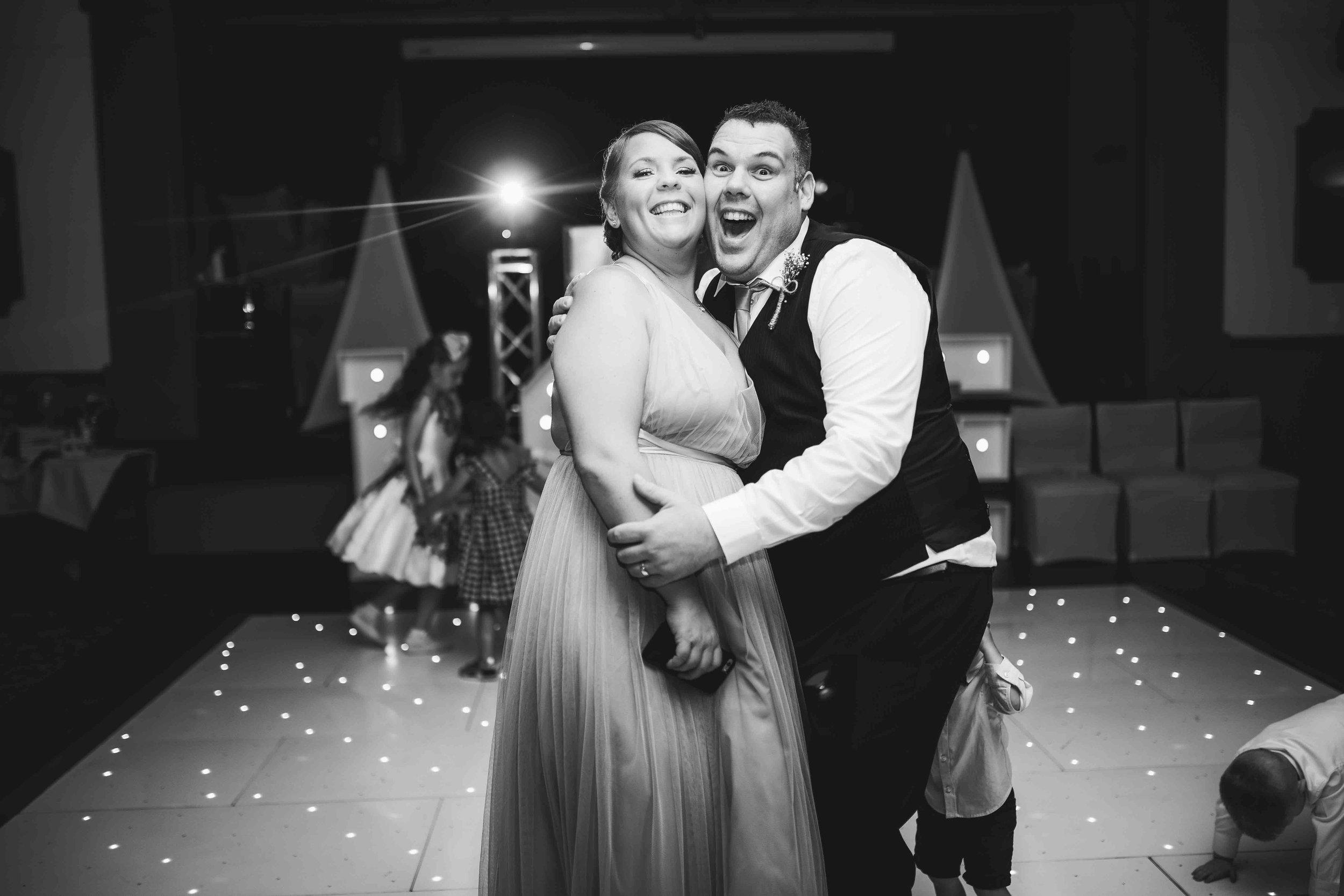 Lea-cooper-photography-willenhall-wolverhampton-wedding-photographer-birmingham-shirley-west-midlands-ceremony-church-16.JPG