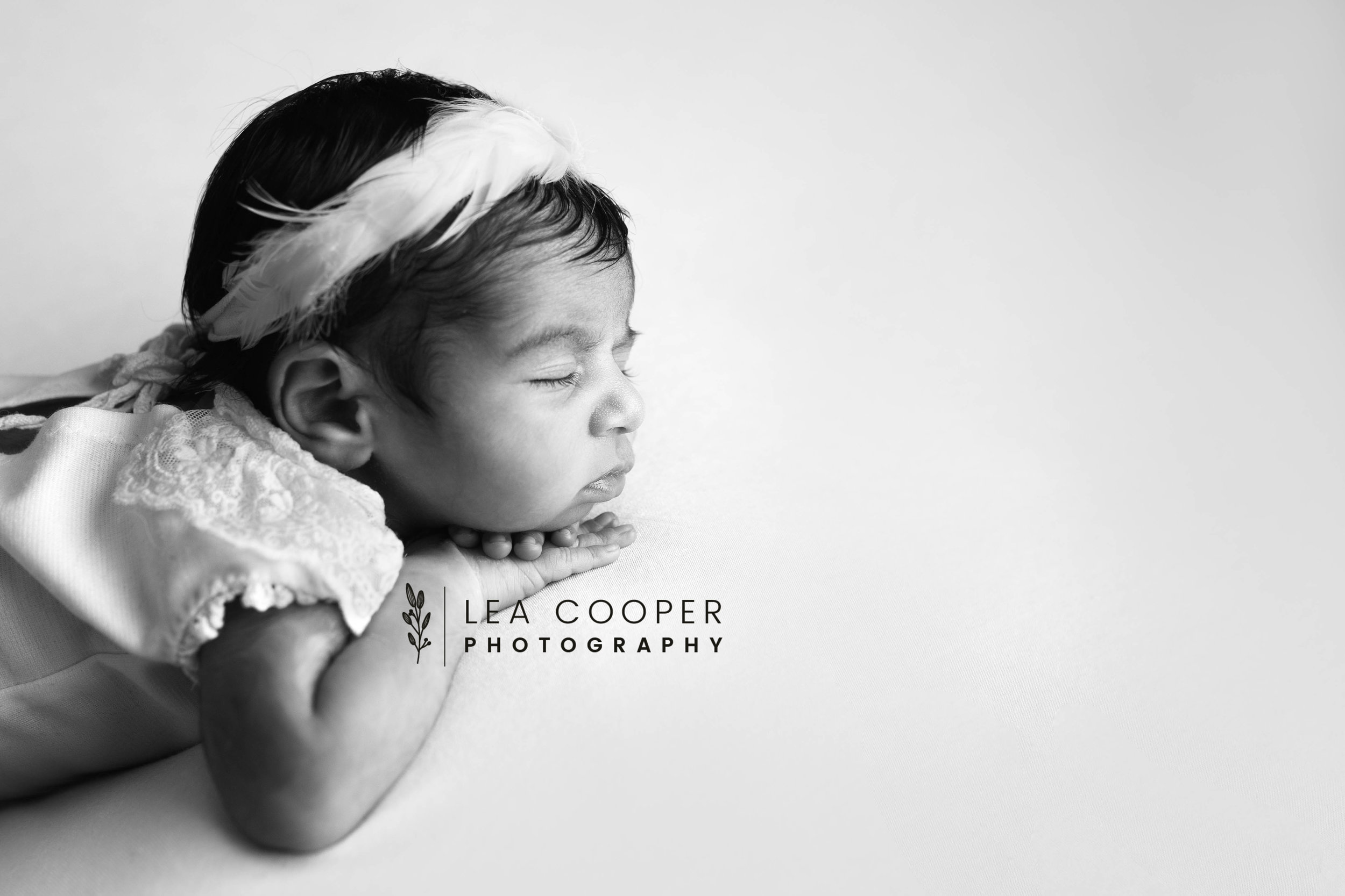 LEA-COOPER-PHOTOGRAPHY-NEWBORN-PHOTOGRAPHER-BABY-PHOTOGRAPHY-NEWBORN-SESSION-WILLENHALL-WOLVERHAMPTON-WEST-MIDLANDS-UK-6.jpg