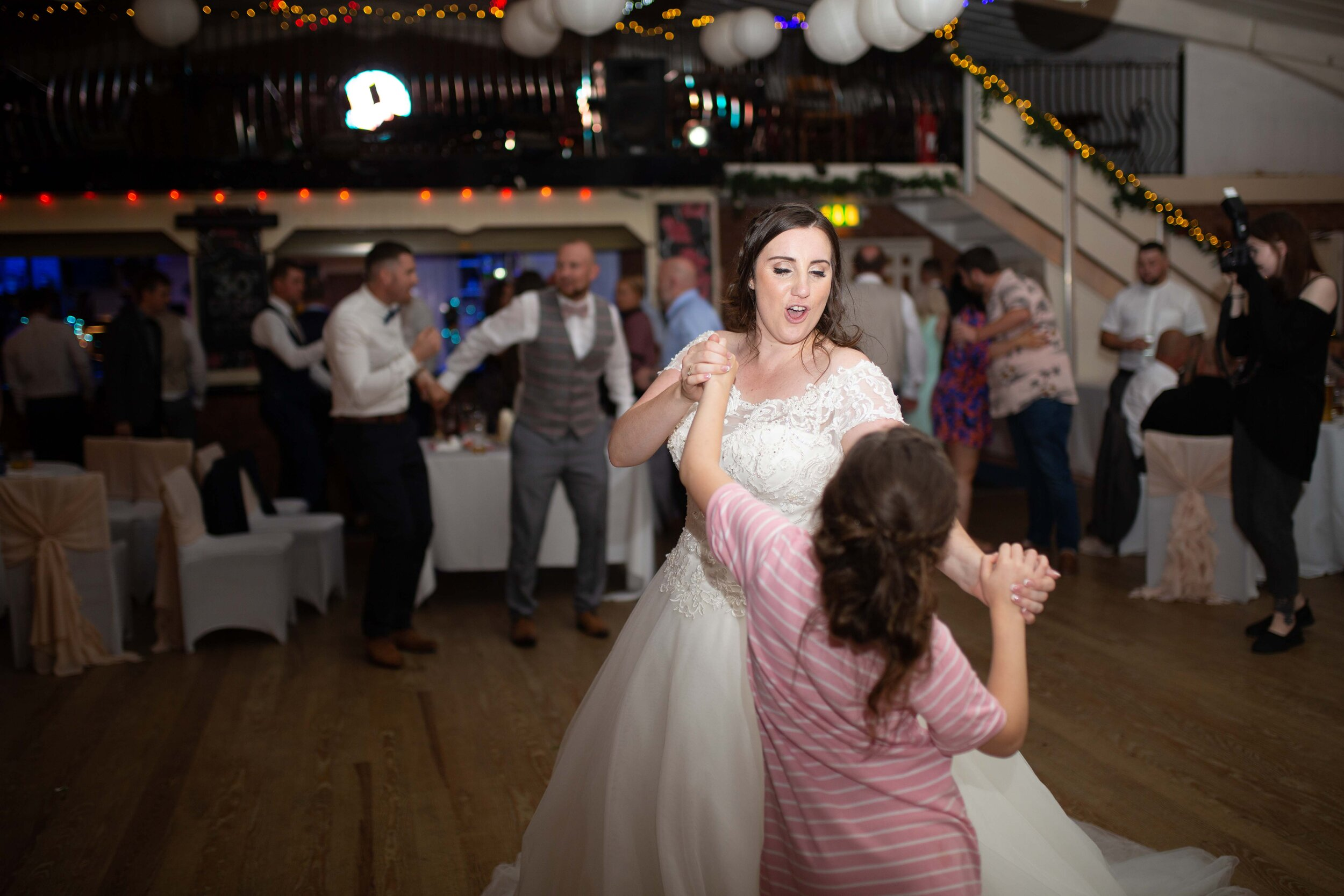 Lea Cooper photography - wedding photography - st Lawrence church dalaston West Midlands Willenhall Wednesday wedding photographer Brookfields club house cannock road - 36.JPG