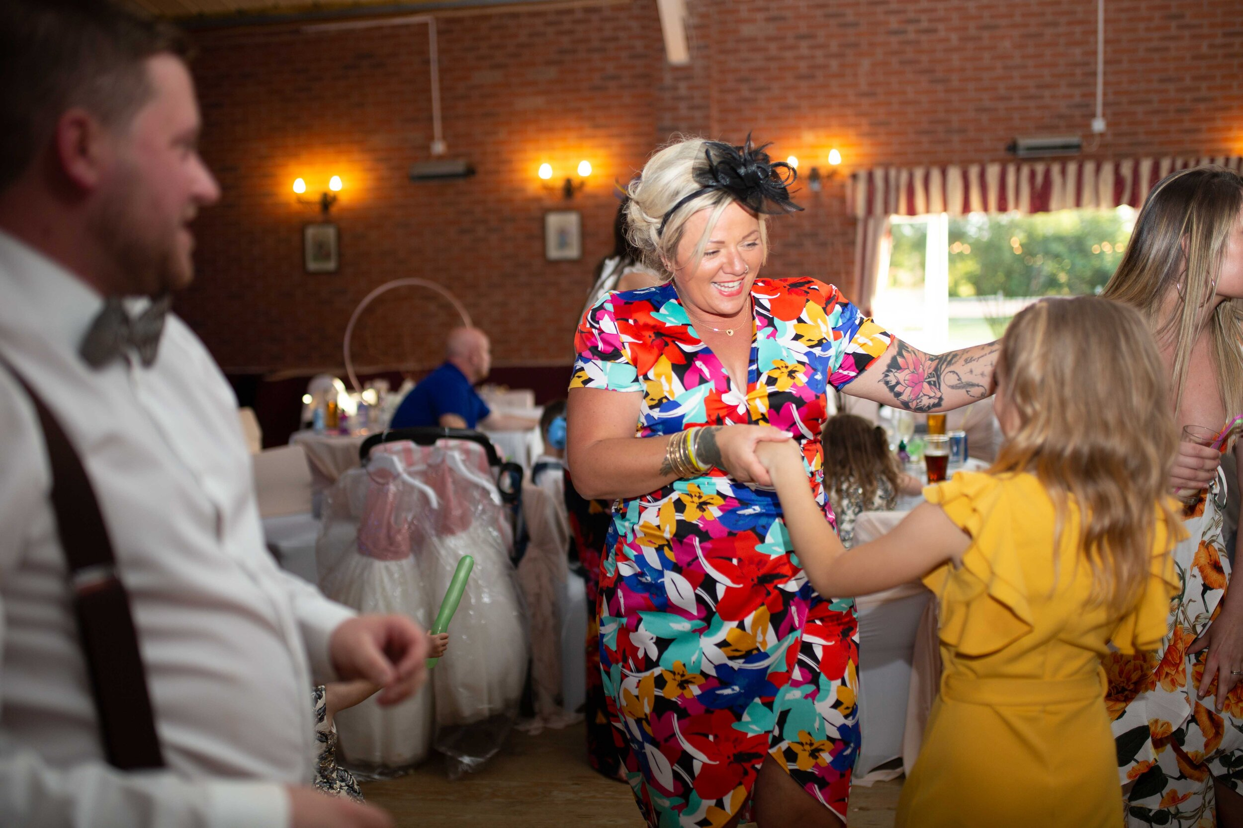 Lea Cooper photography - wedding photography - st Lawrence church dalaston West Midlands Willenhall Wednesday wedding photographer Brookfields club house cannock road - 39.JPG