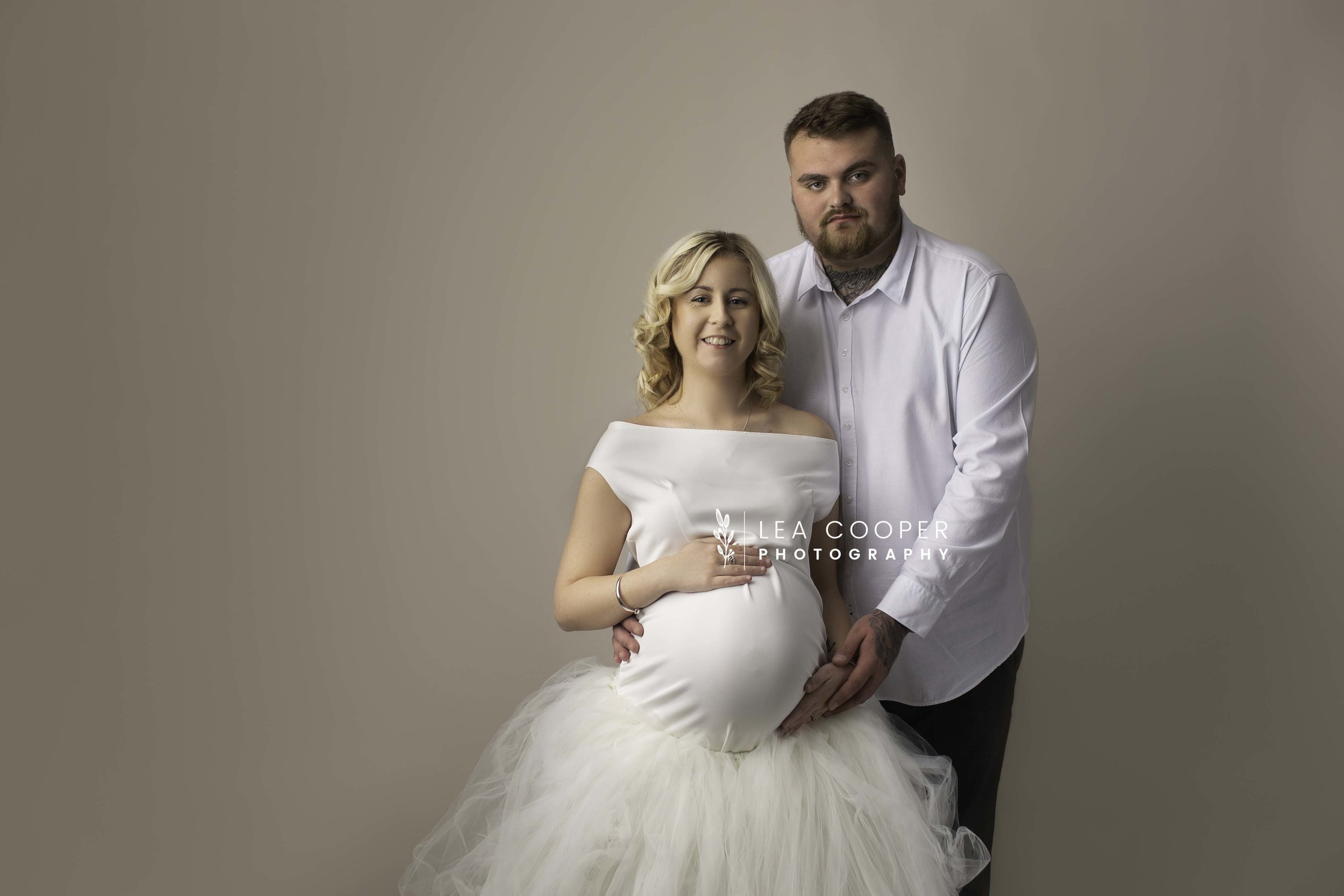 LEA COOPER PHOTOGRAPHY NEWBORN MATERNITY SESSION BABY BUMP SESSION WILLENHALL WEST MIDLANDS WALSALL WEDNESBURY UK14.jpg