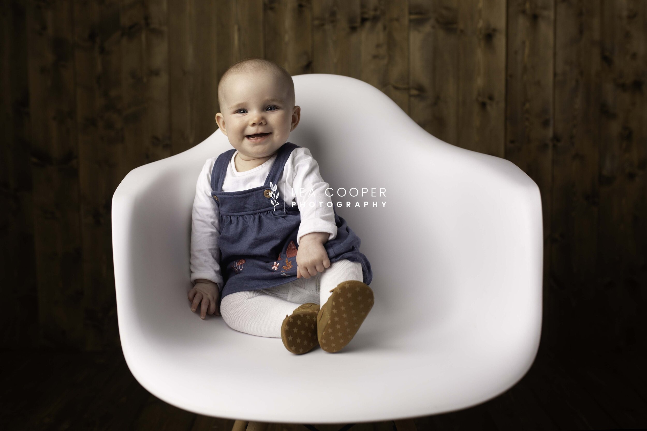 lea-cooper-photography-family-session-family-photoshoot-sitter-session-willenhall-wolverhampton-west-midlands-12.jpg