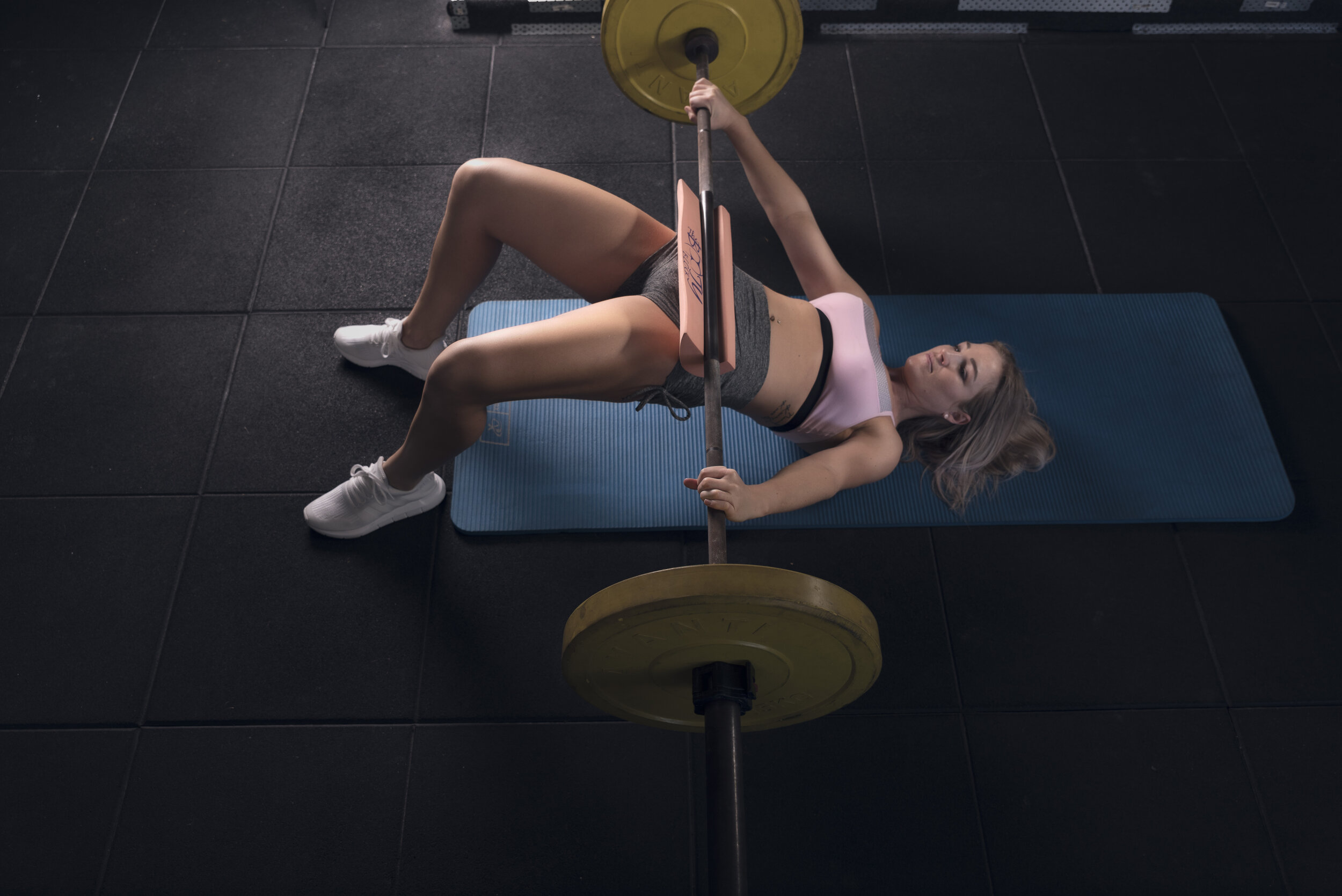 booty block - To assist in better glute development