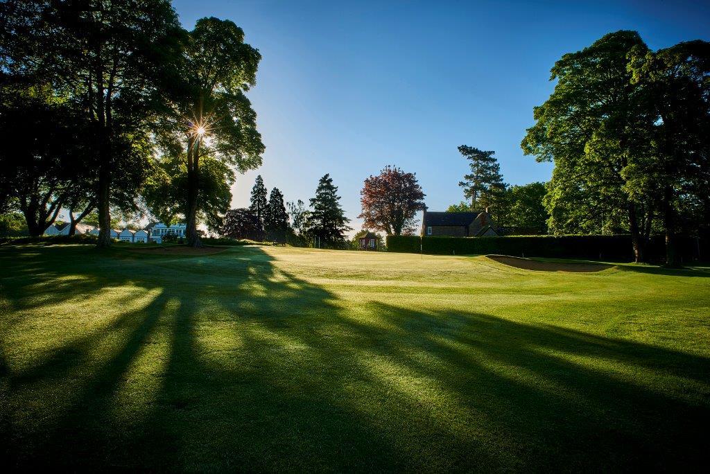 Golf Club 4.jpg