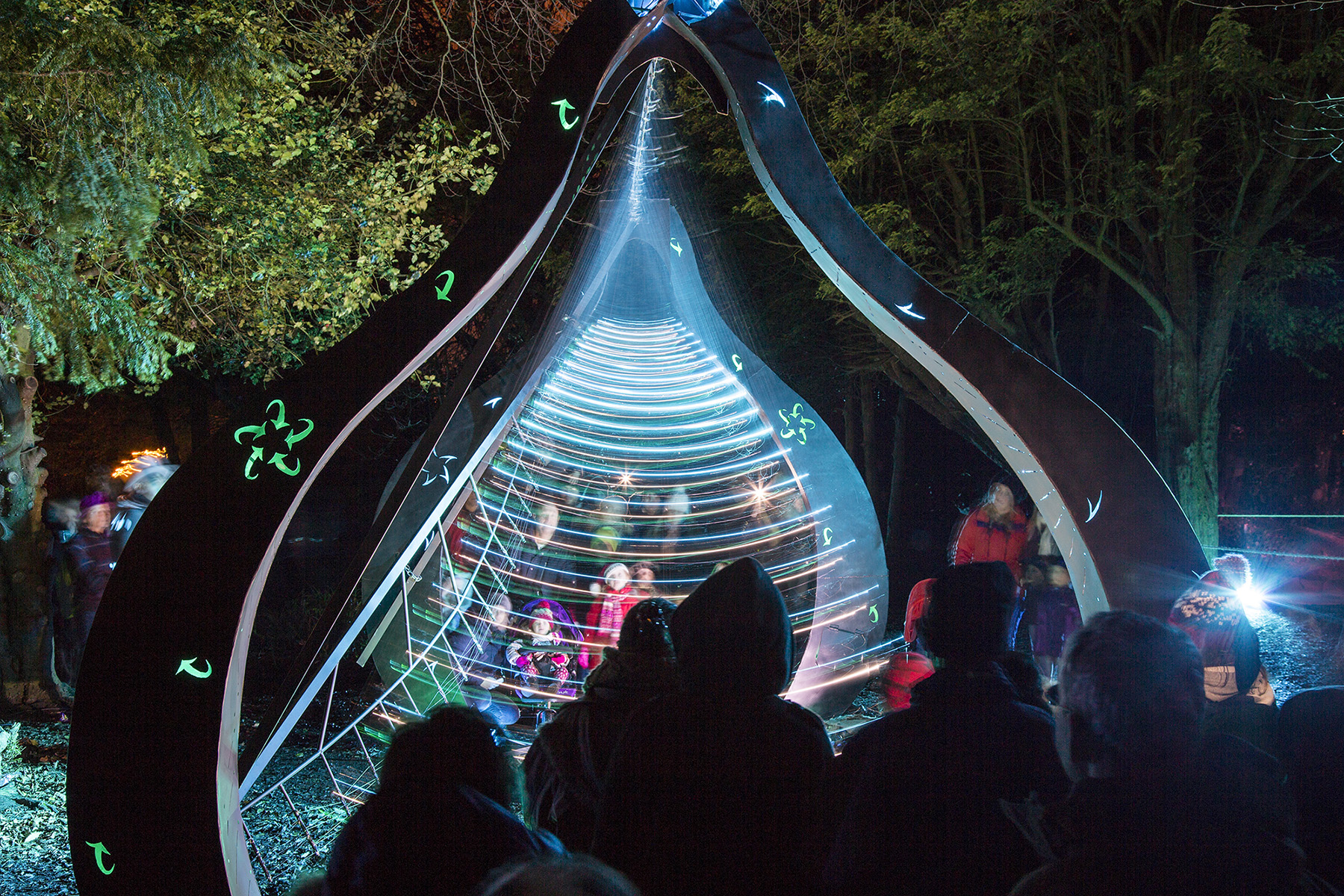 Pendulum Wave Machine from Travelling Light Circus at Enchanted Parks