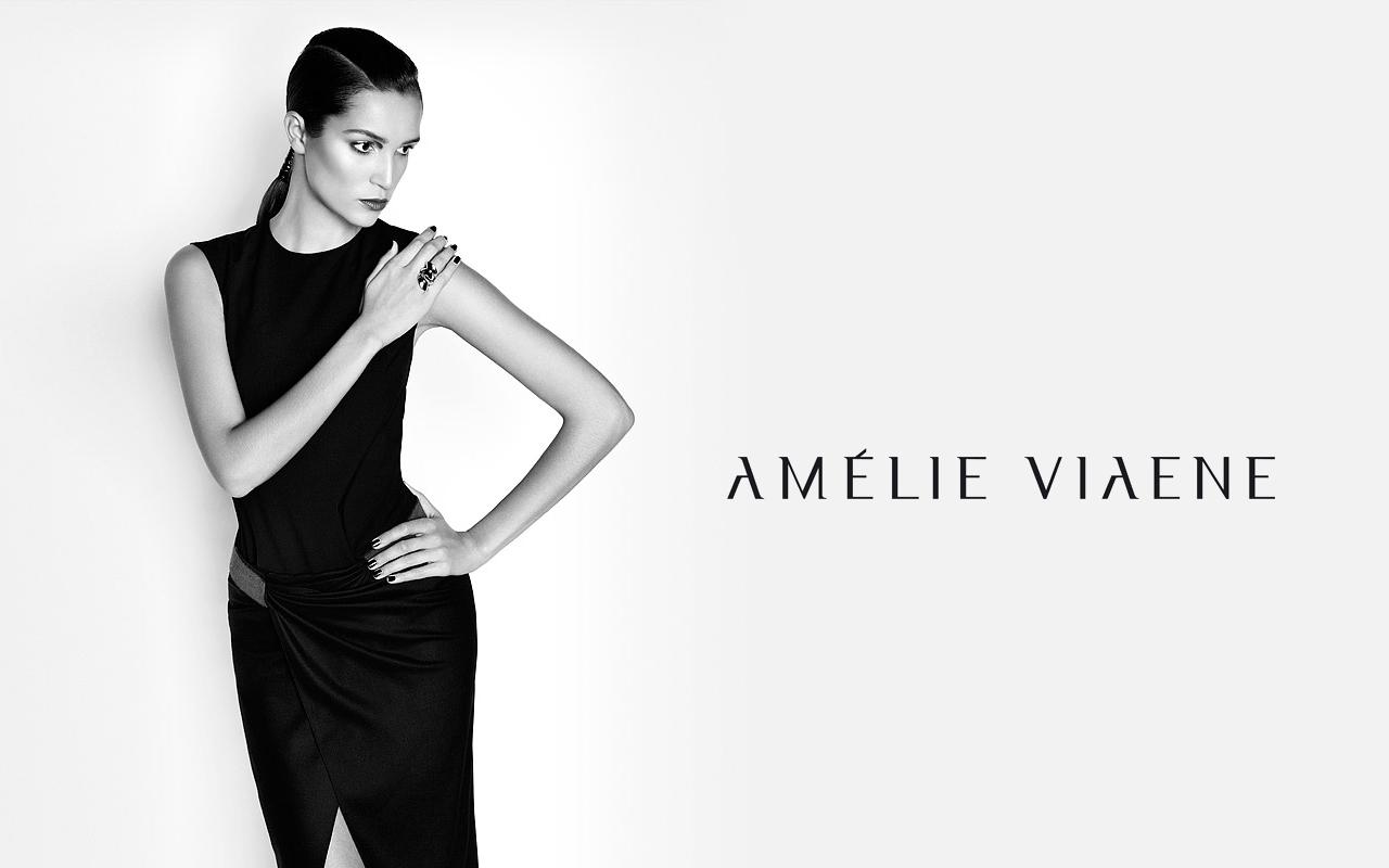 01_AMELIE-VIAENE-ESSENTIAL_CHRISTOPHER-JENEY.jpg