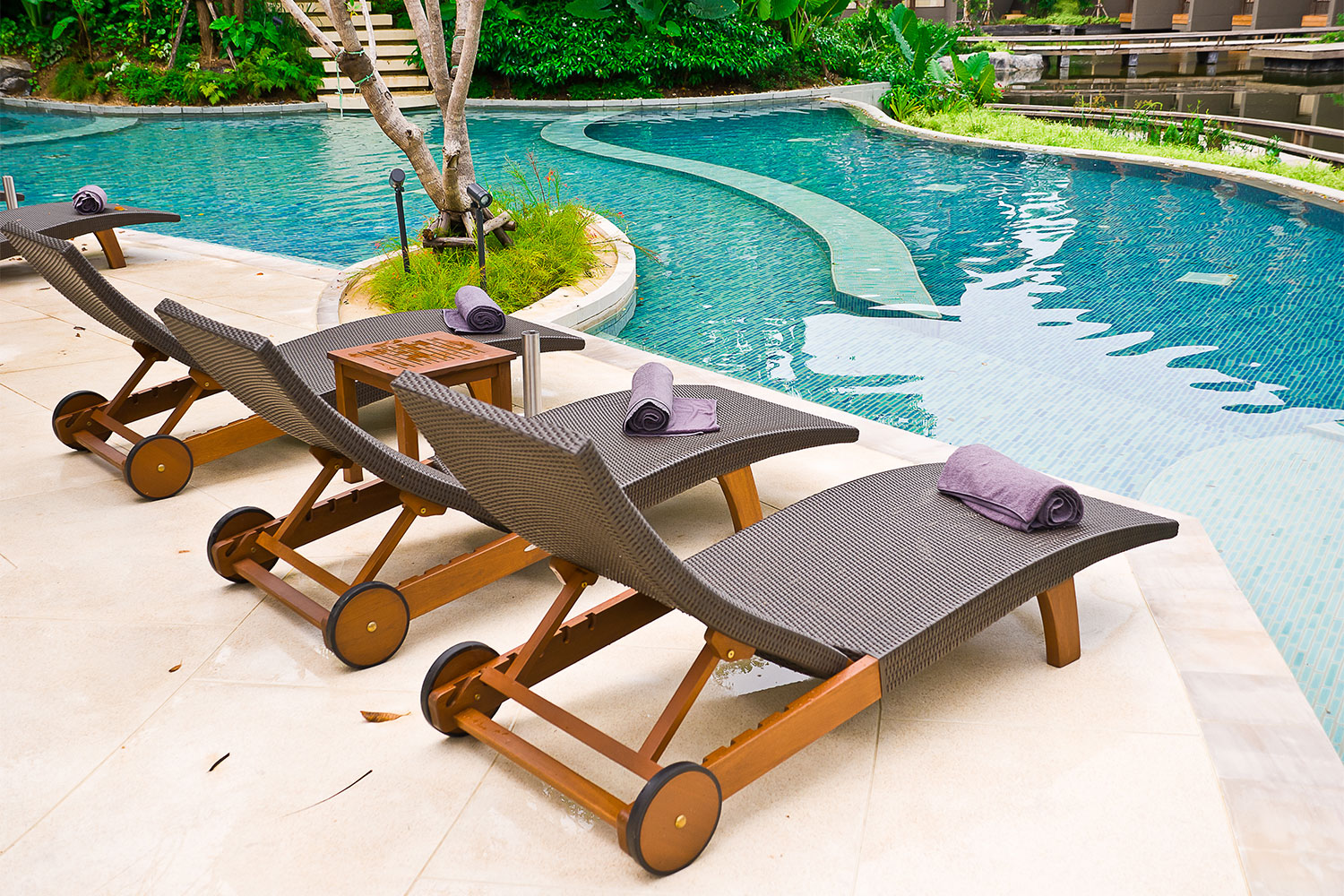 Eco-Friendly Natural Organic Outdoor Furniture and Patio Sets