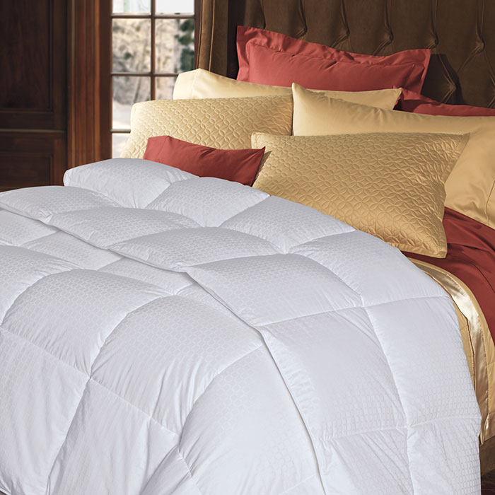 Cuddledown 700 Fill Power Windowpane Down Comforter