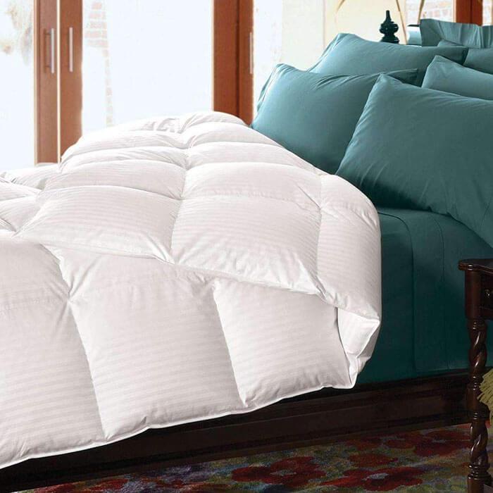 Luxor Linens Marietta 300 Thread Count Damask Synthetic Comforter