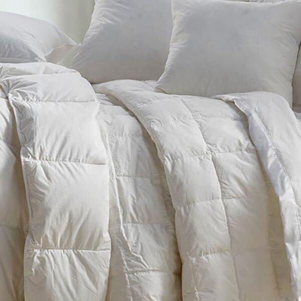 Viva Terra Natural Down-Filled Box-Stitch Blanket