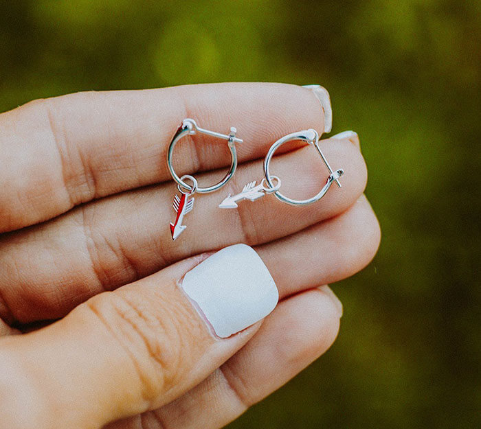 Puravida Bracelets Arrow Hoop Earrings
