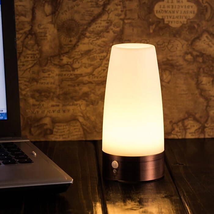 ZEEFO Retro LED Night Light