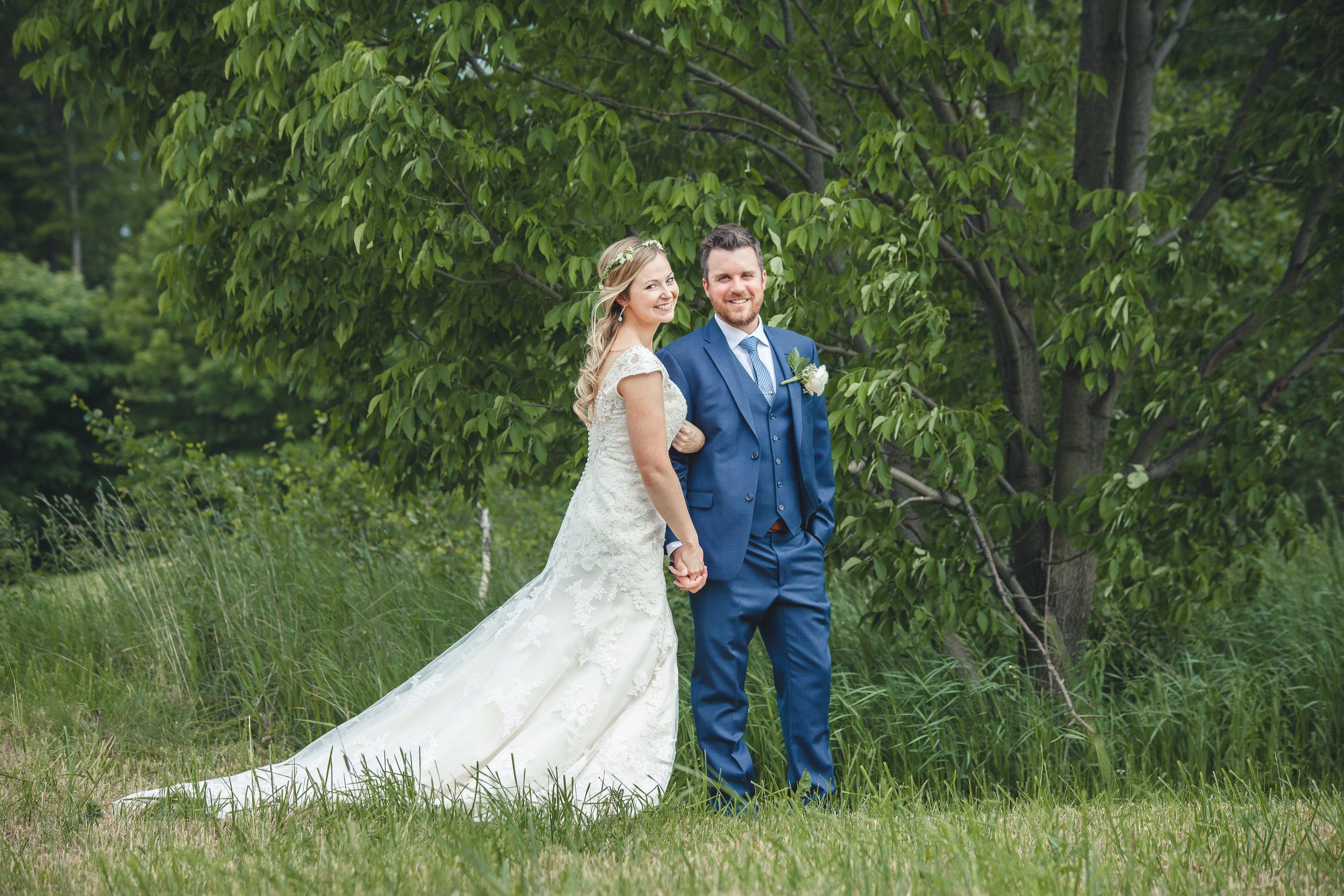Amy D Photography Barrie and Muskoka Wedding Photography Barrie Country Club_-33.jpg