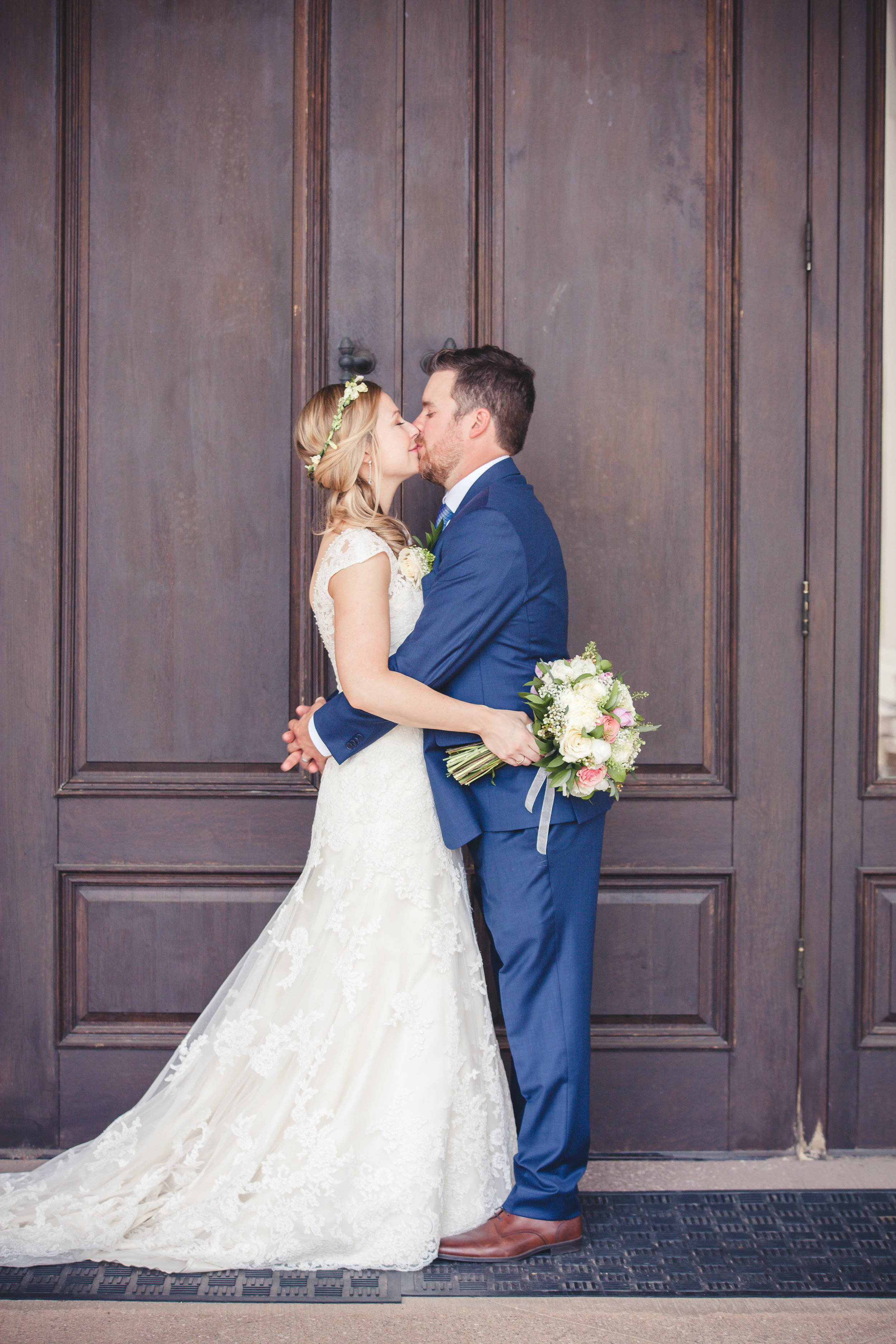 Bride and Groom- Barrie Country Club