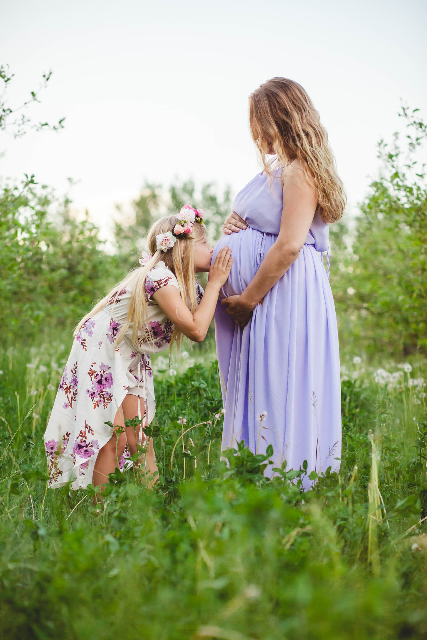 Amy D Photography- Maternity Photos- Mother and Daughter Maternity- Orchard Maternity Photos- Apple Orchard Maternity- Evening Maternity Shoot- Barrie Newborn And Maternity Photographer (27 of 67).jpg